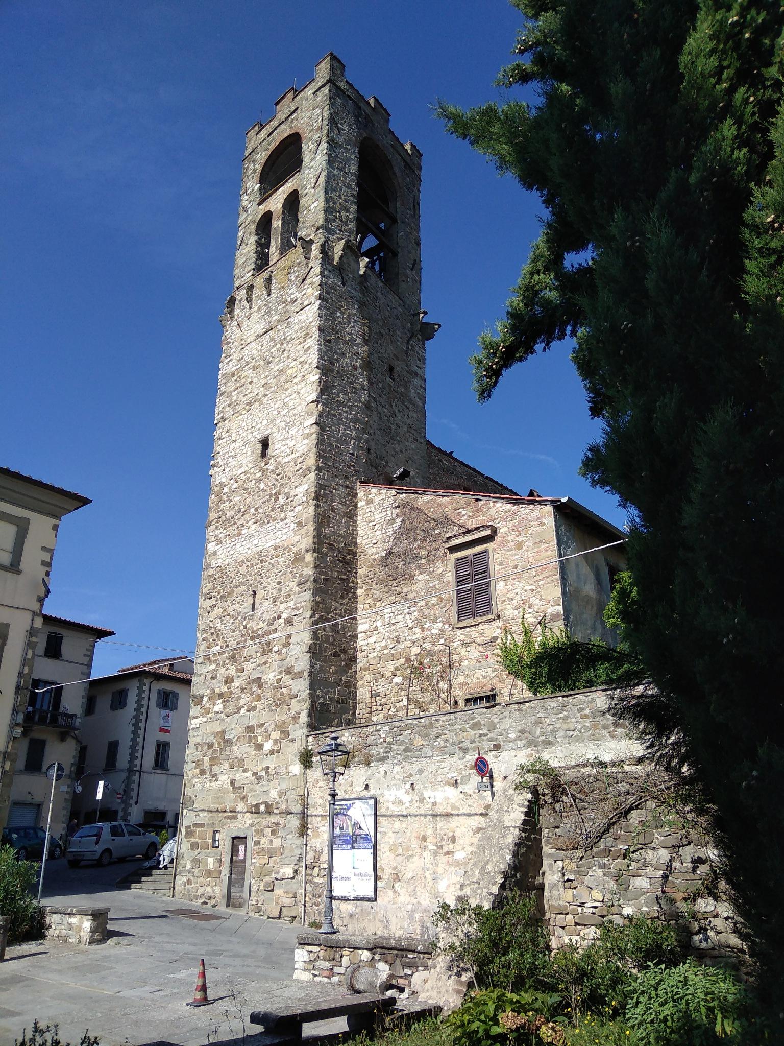 Torre Tarlati, Bibbiena  by Luigi Stefanini
