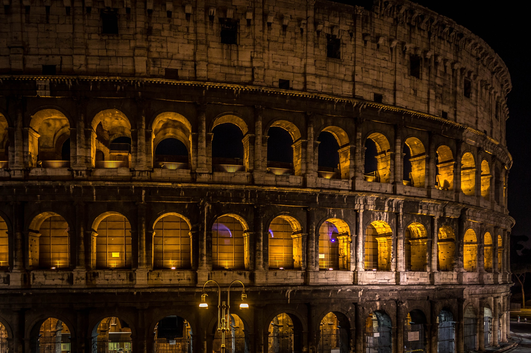 Colosseo di Roma by Samuel Domingues