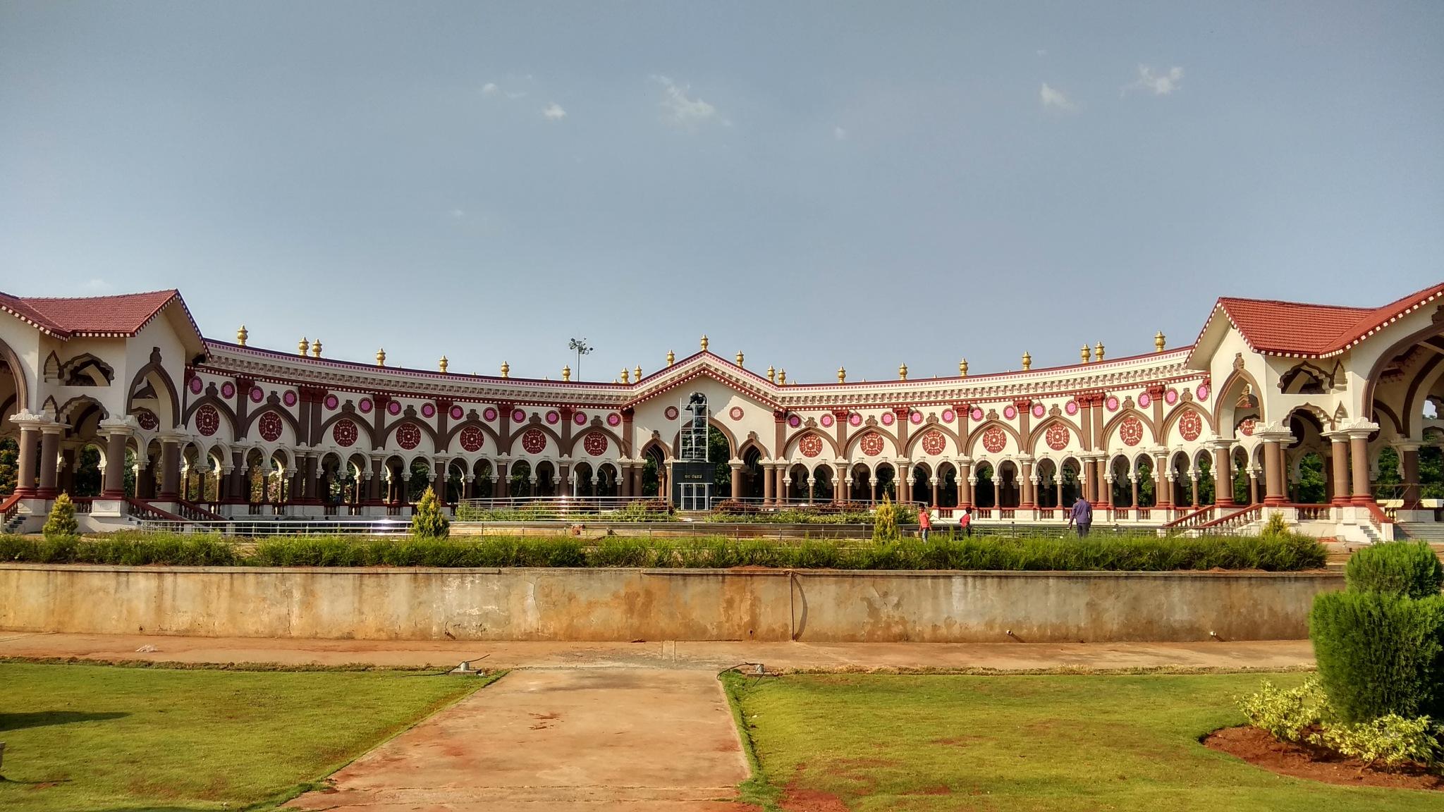 the palace.... by Sanjay Vandal