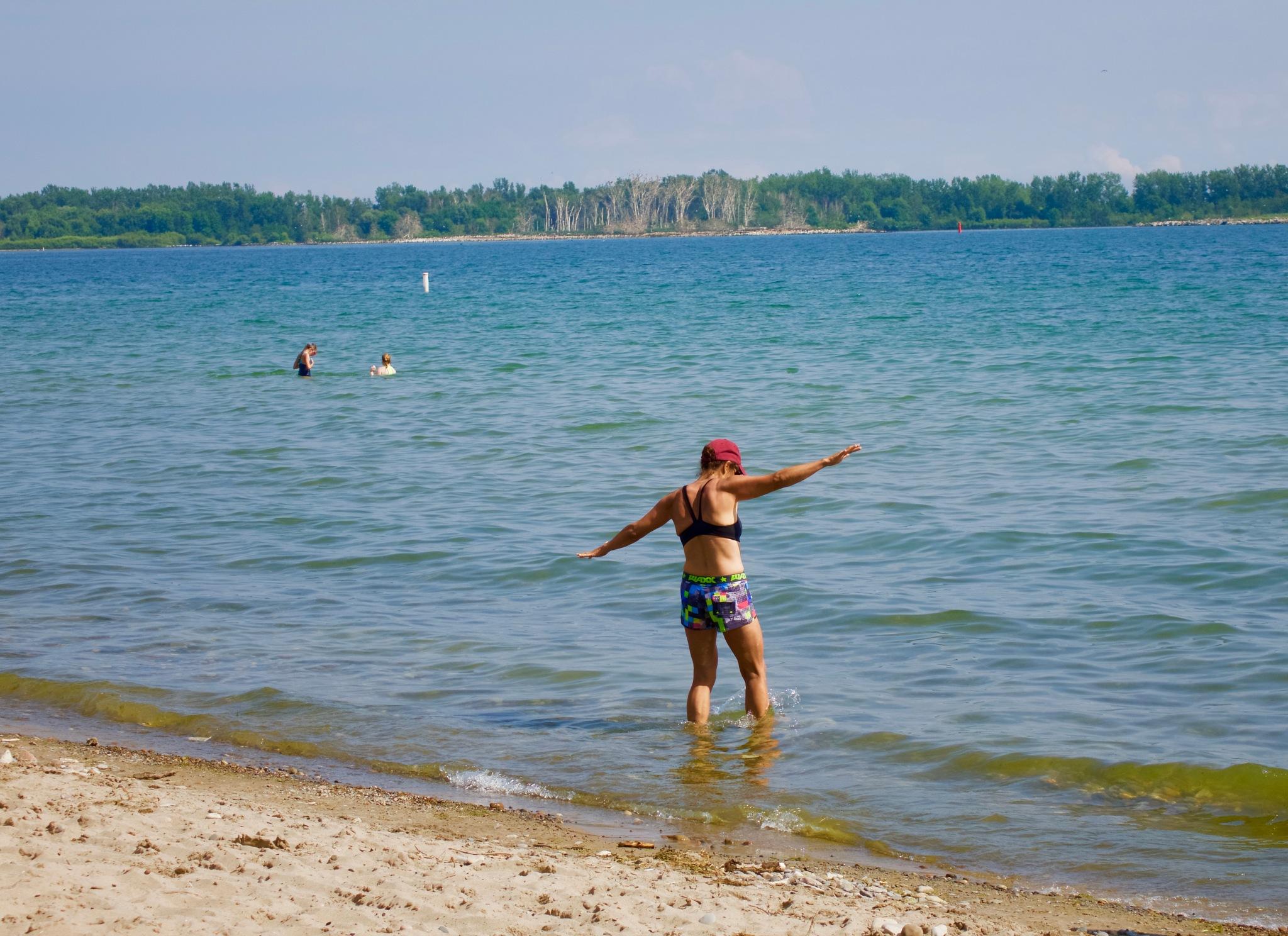 Beach between Ward's Island and Leslie spit by Karen Bekker