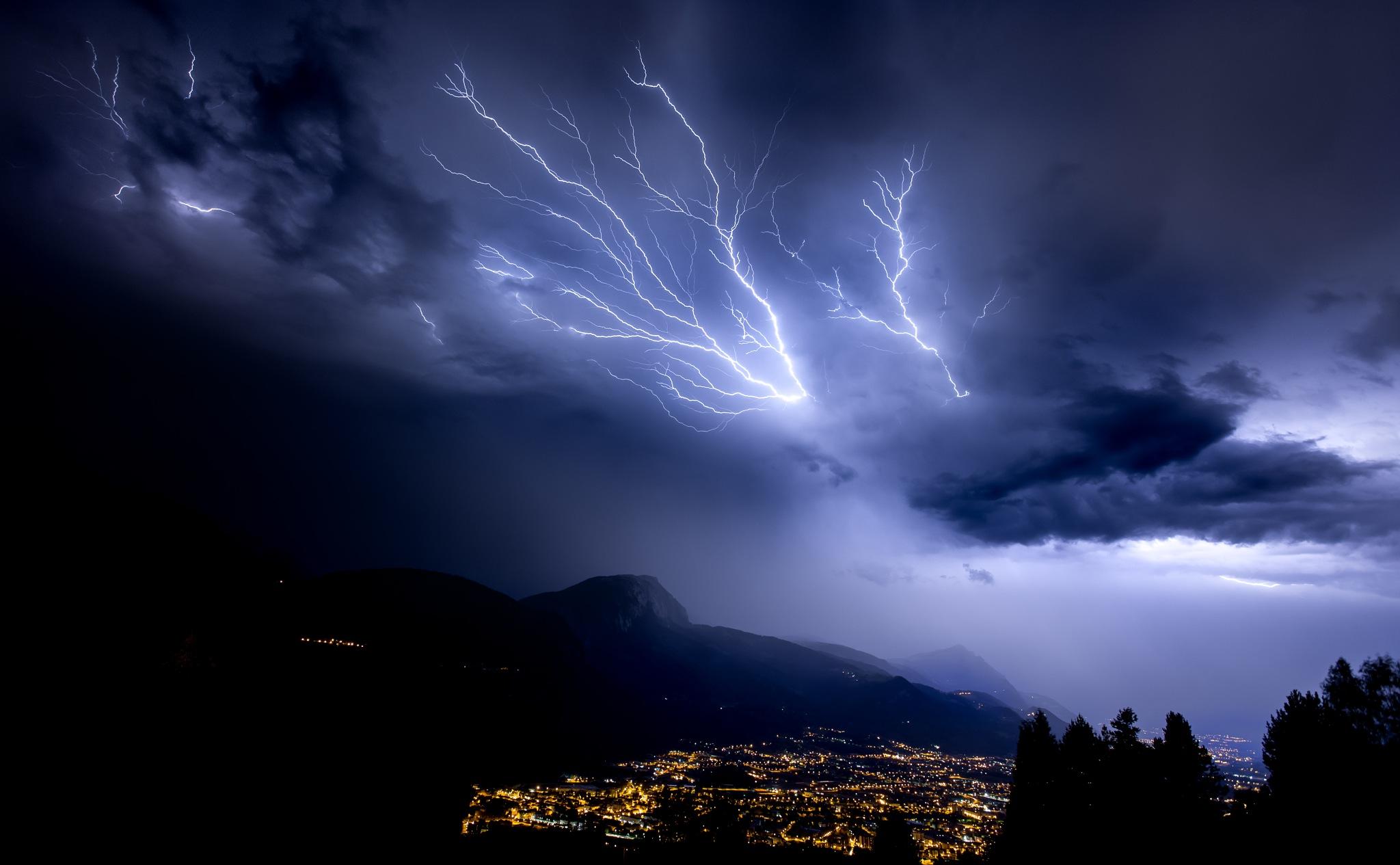 Thunderstorm! by Arnault DE PERETTI
