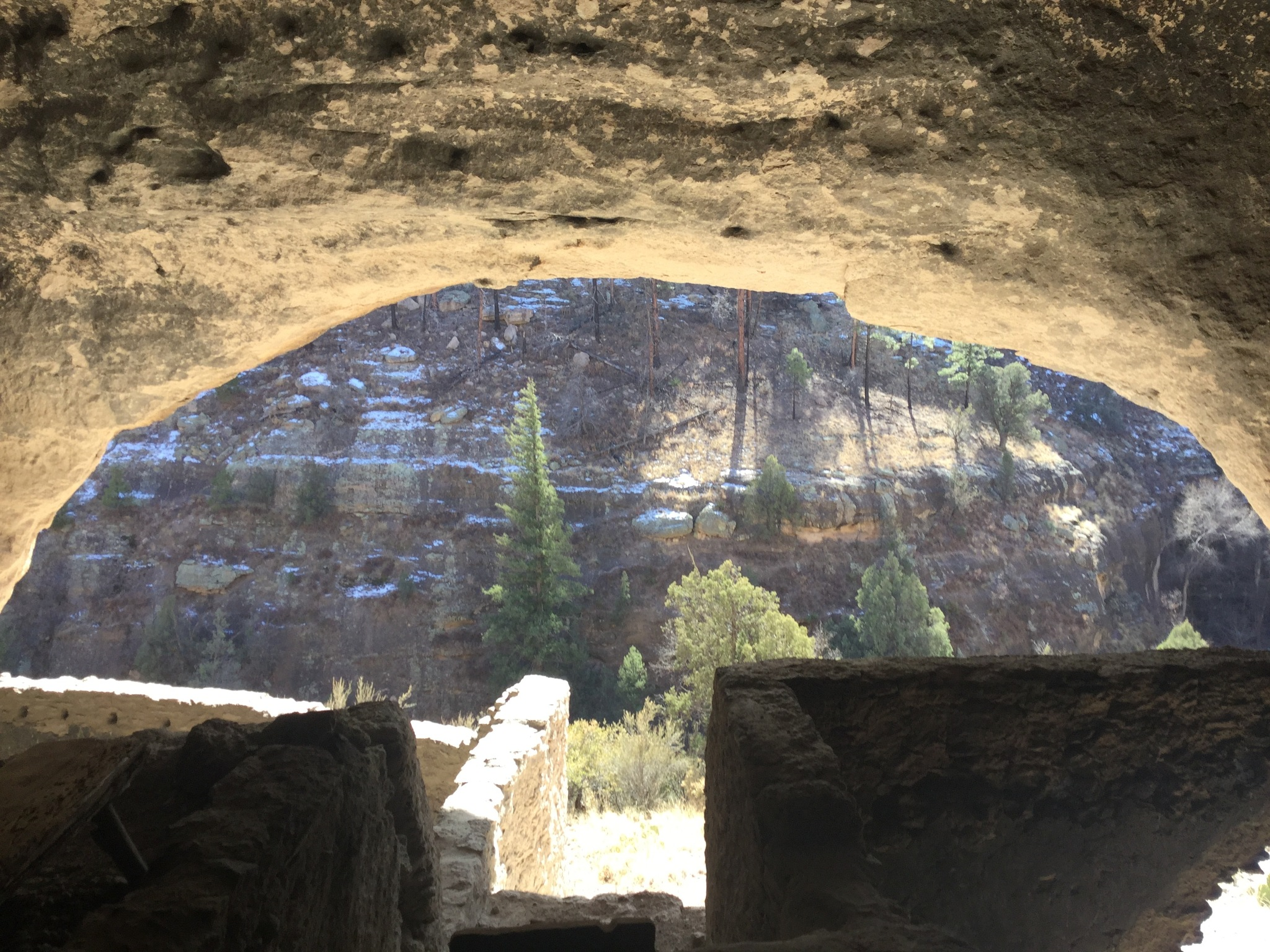 Gila Cliff Dwellings 2 by dulcemuse