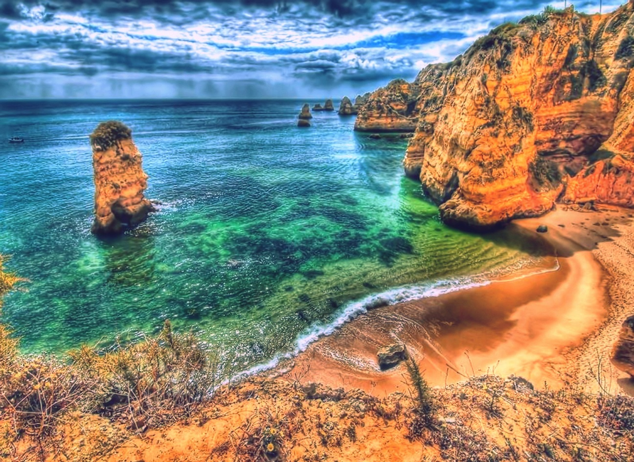 Beautiful spot in Portugal  by Photograptikoo