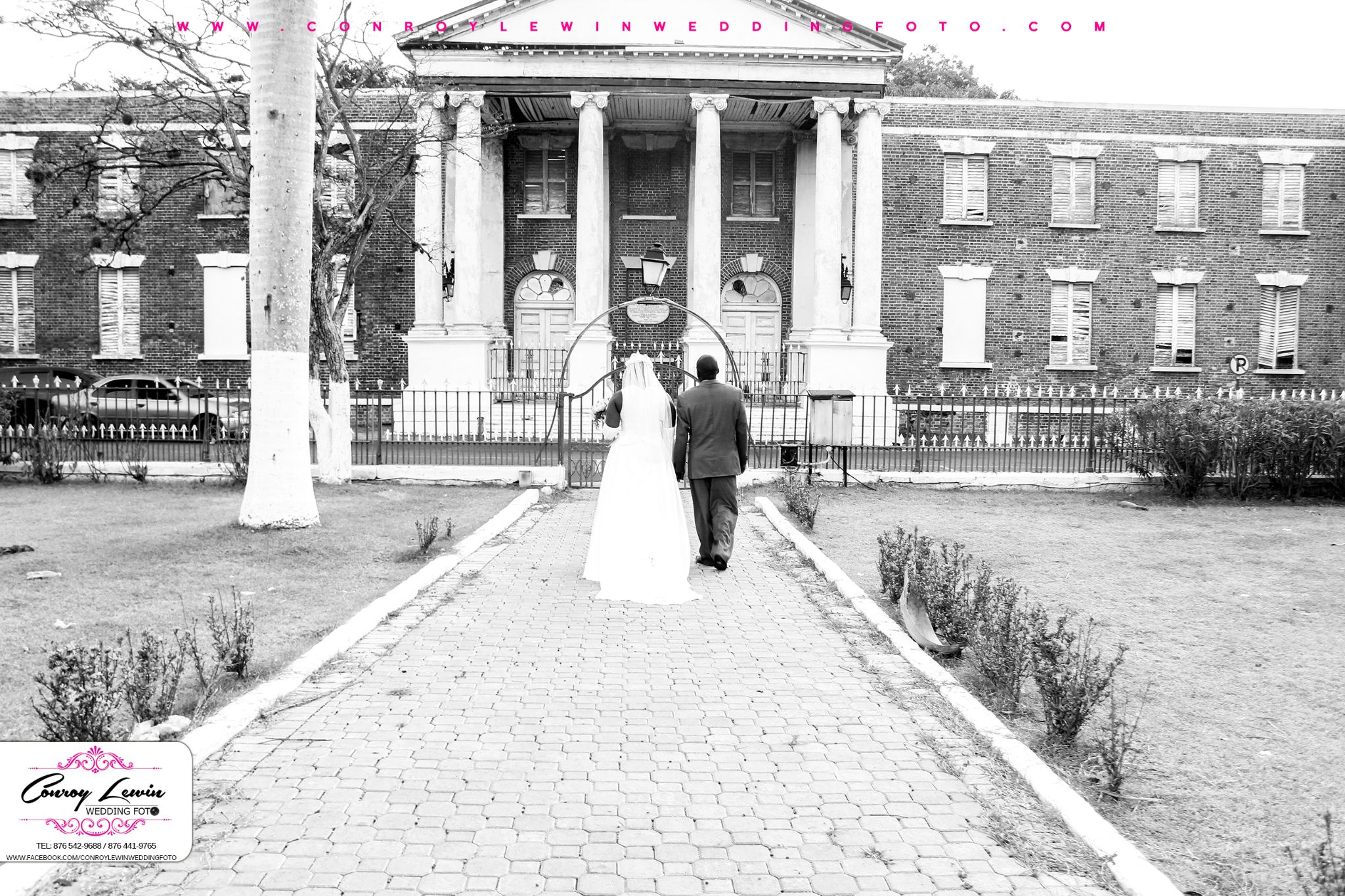 At the Spanish Town Park by Conroy Lewin Wedding Foto