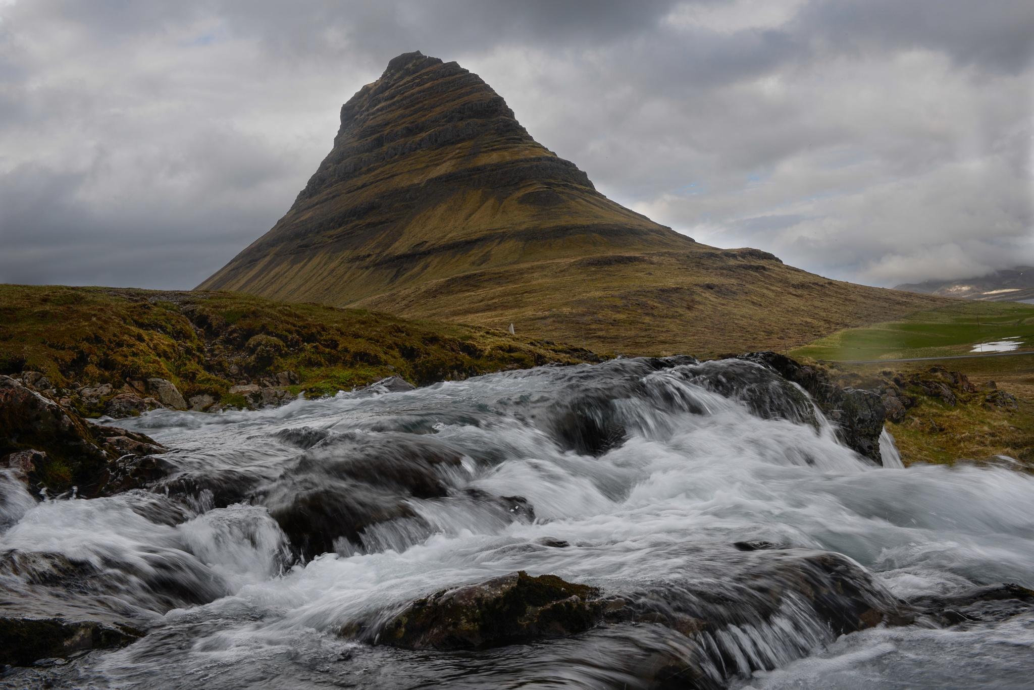 Iceland,Grundarfjörður by Beata Pogoda