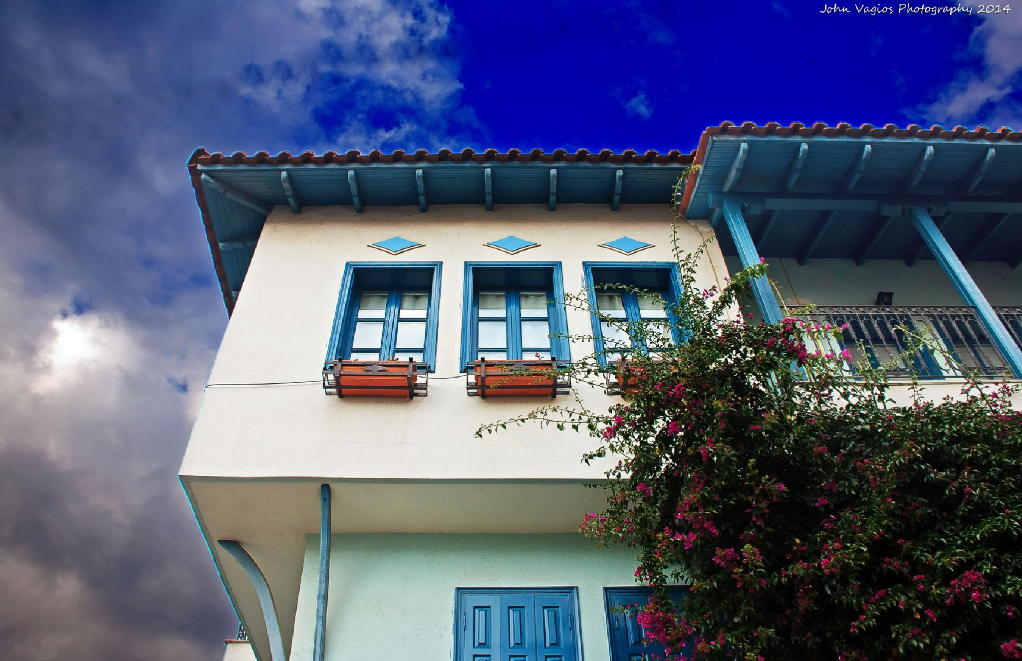 House in Thessaloniki by JohnVagios