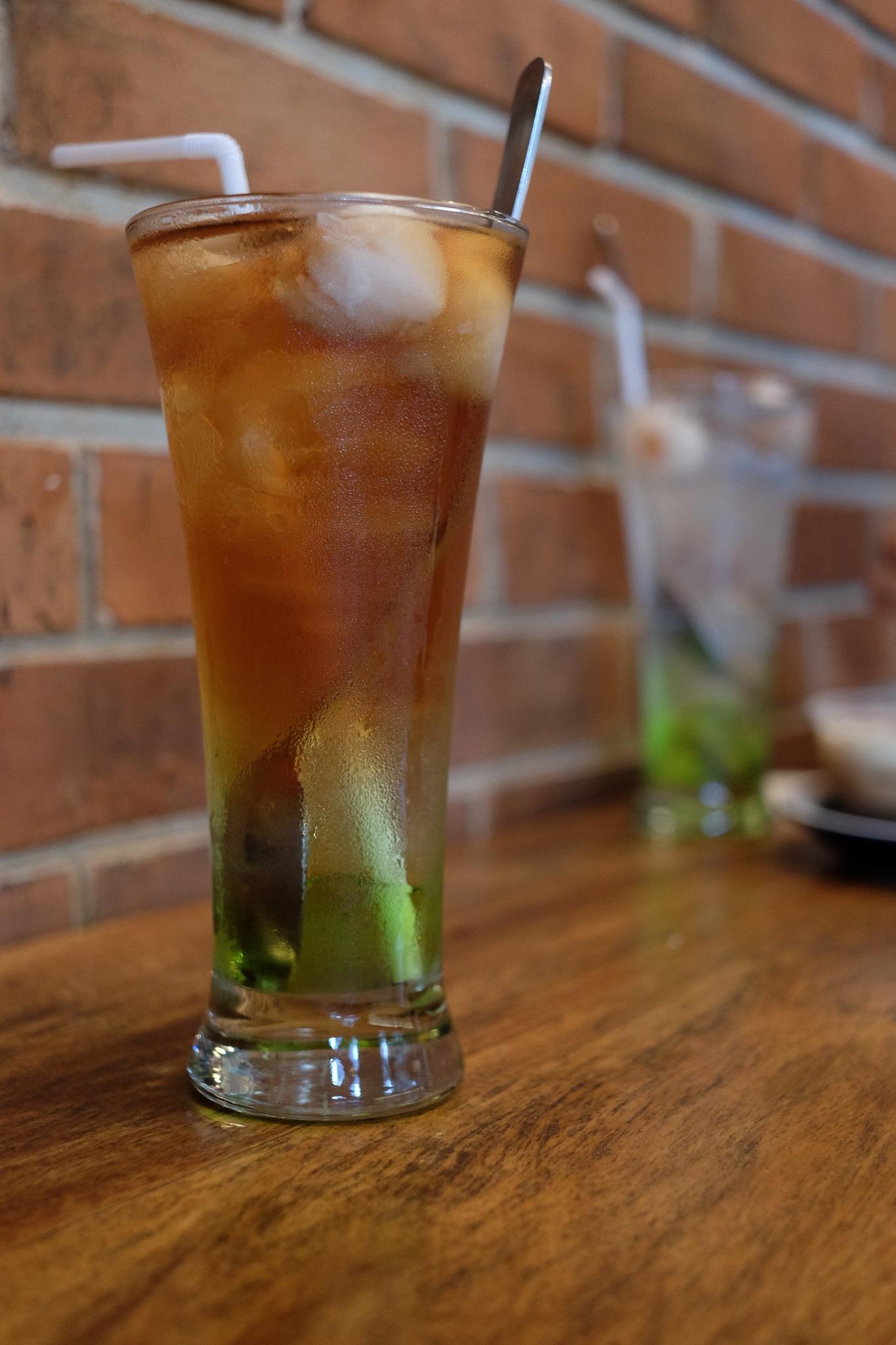 Lychee Tea by Lintar Yulianto