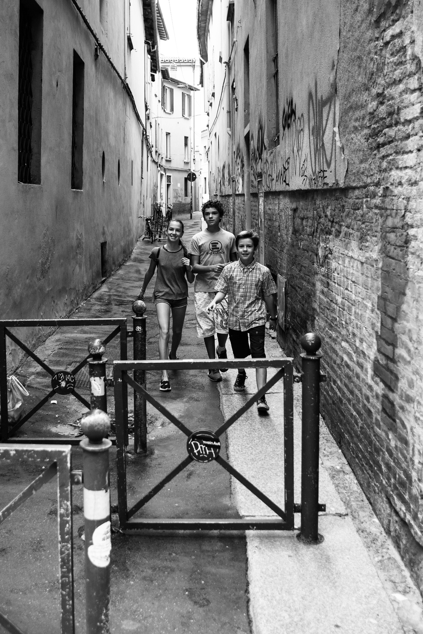 Bologna - kids in alley by tomasogrillini