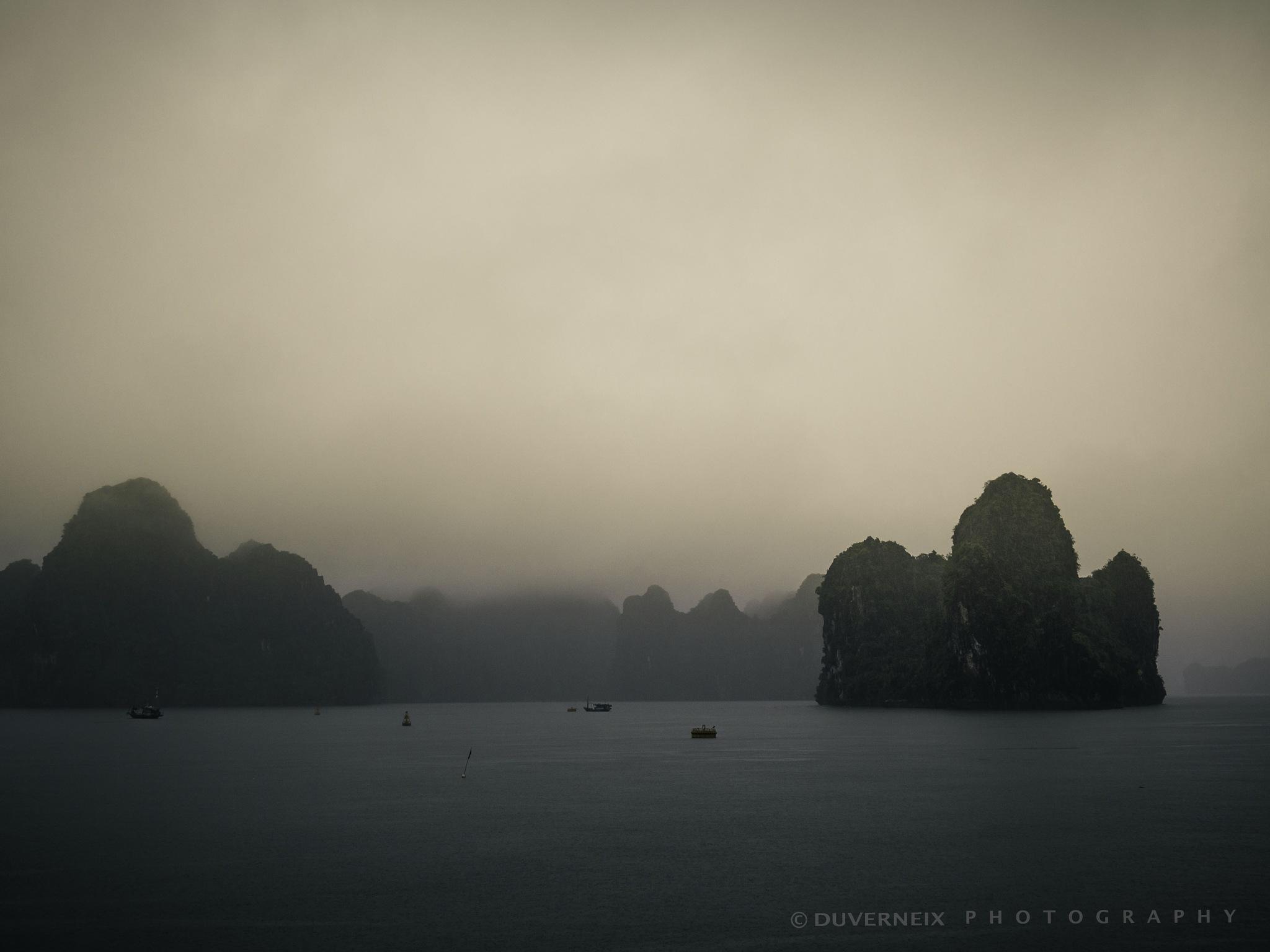 baie d'allong Vietnam by DuverneixPhotographie