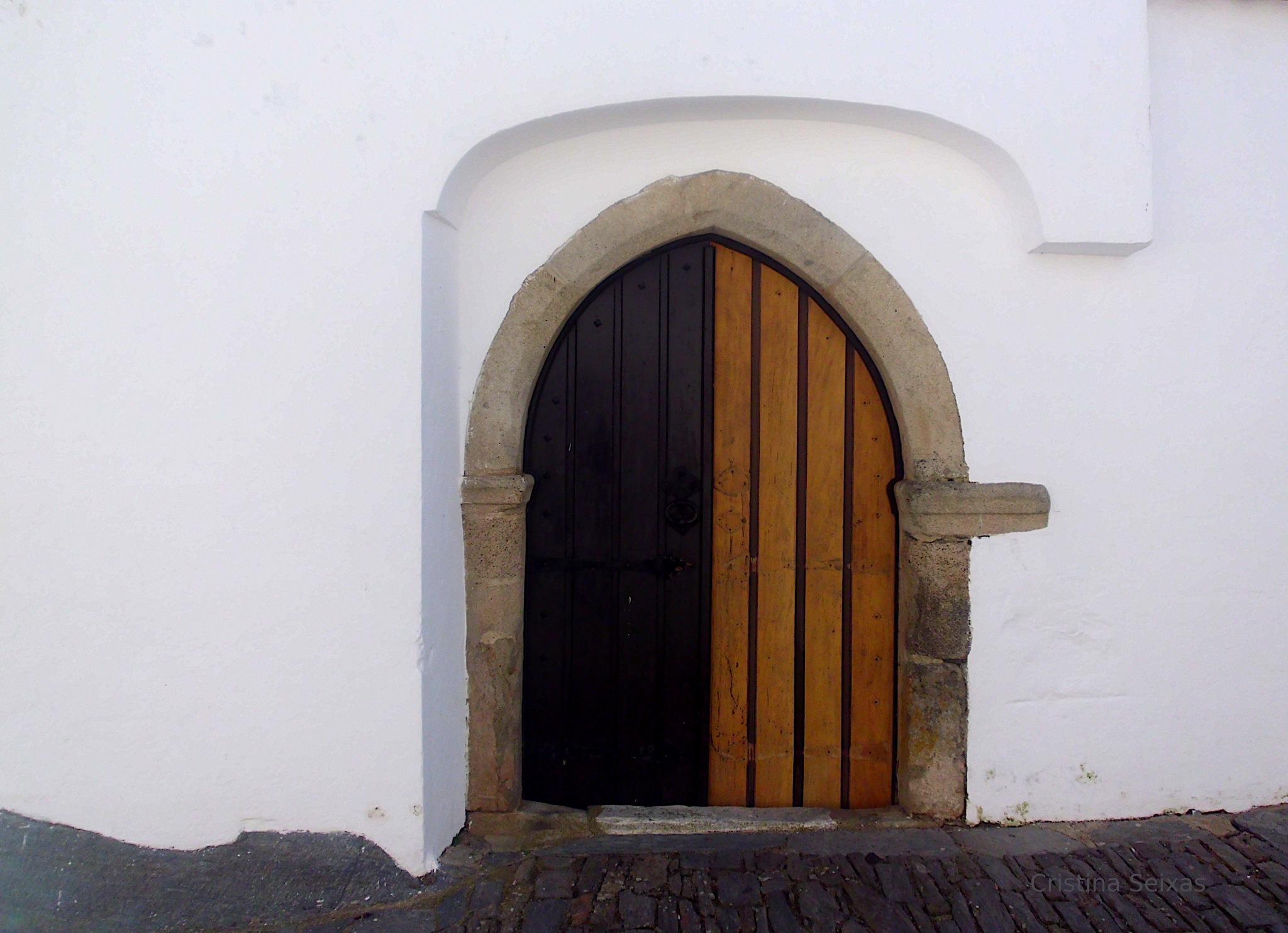 Door by CristinaSeixas