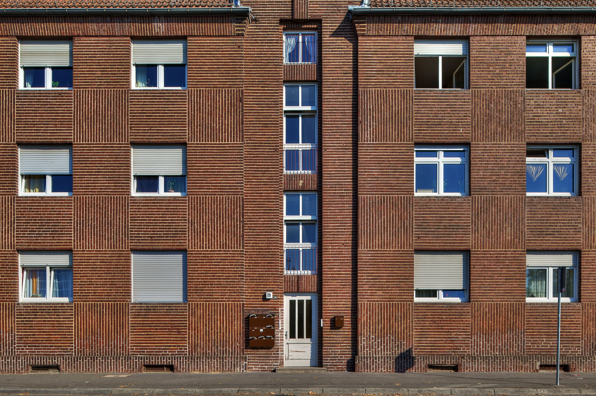 Clinker Brick Facade by Hartmut Ustorf