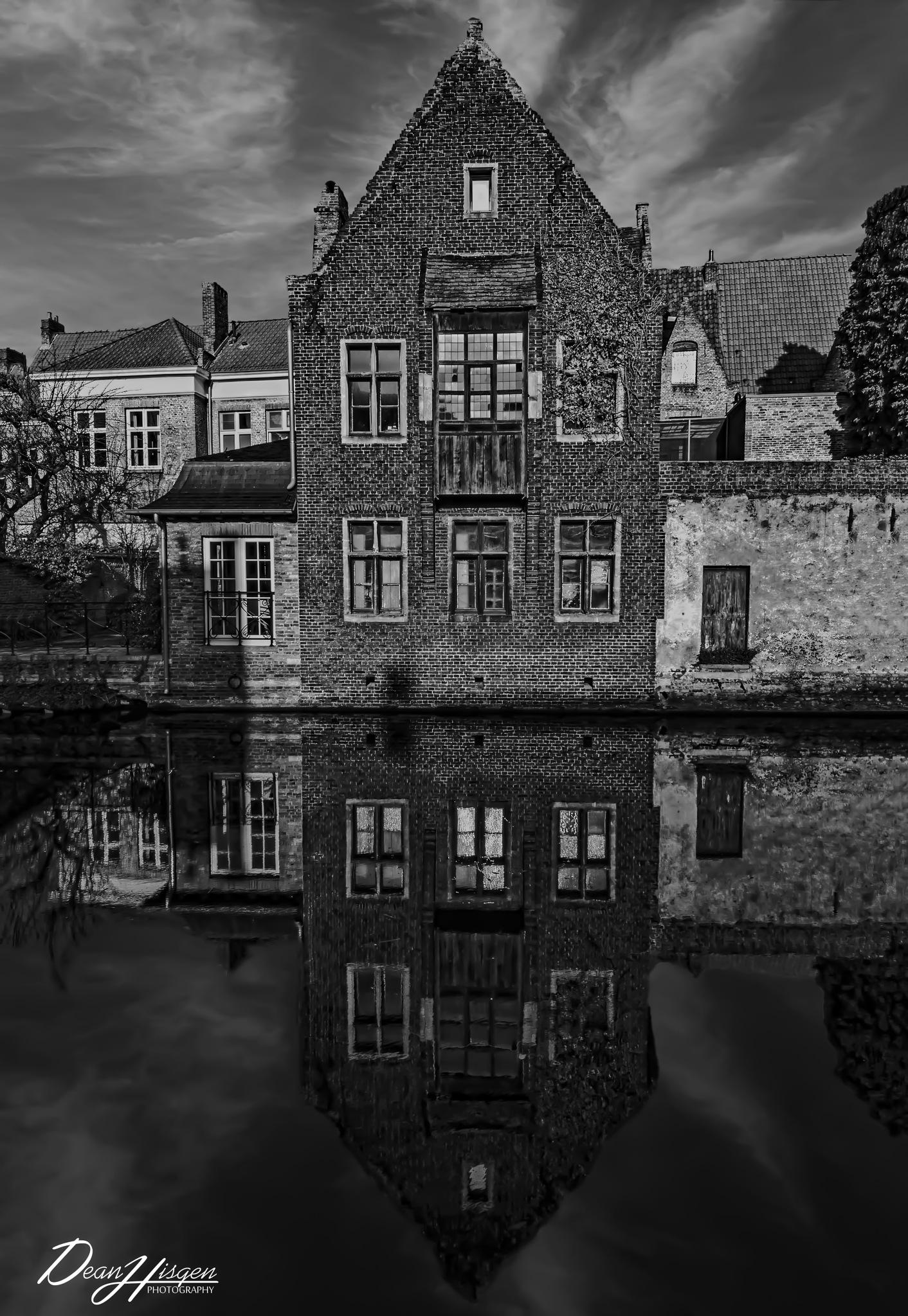 Brugge Belgium  by Dean Hisgen