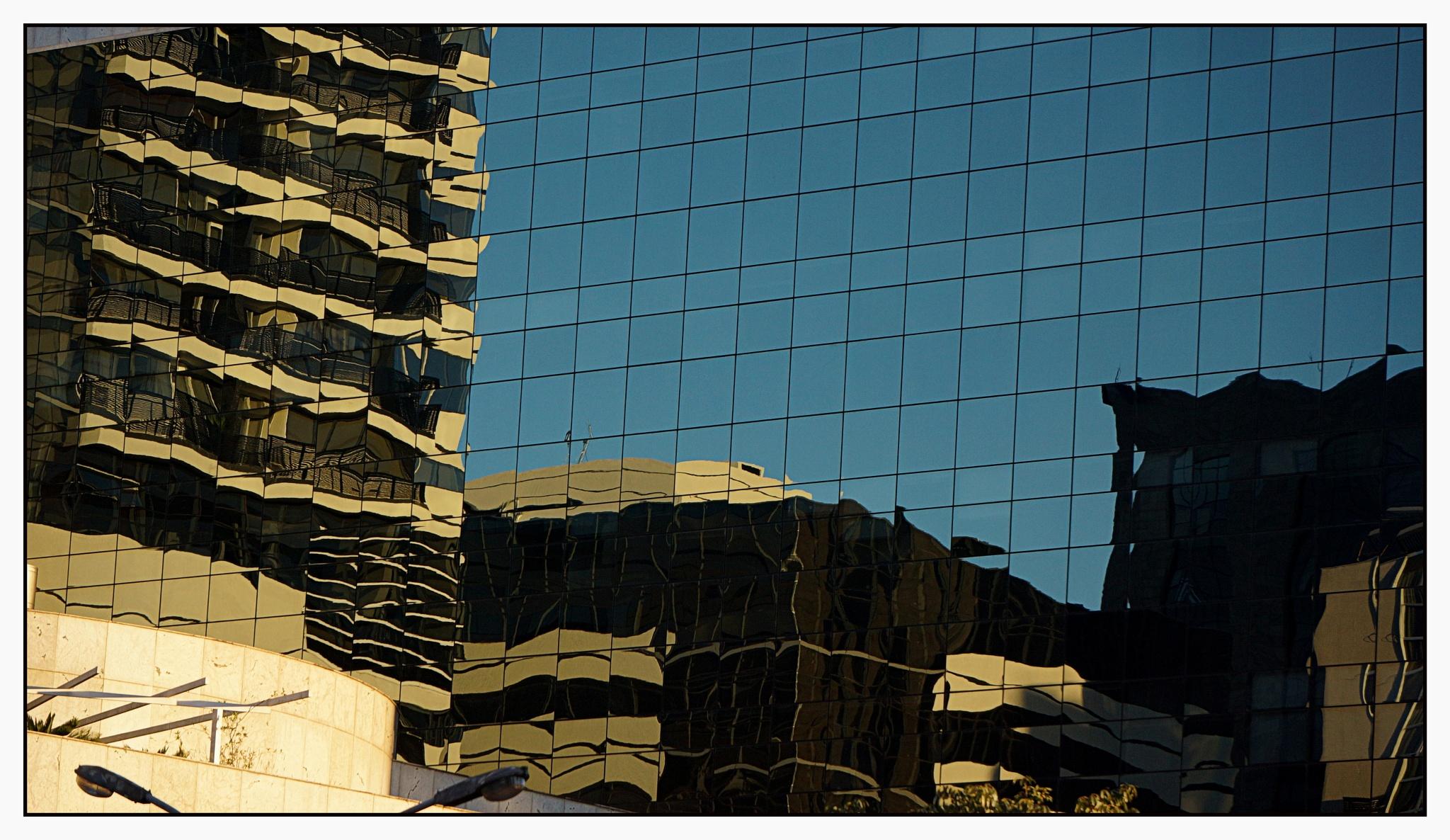 Mosaico Curitibano by José Evaldo Suassuna de Oliveira