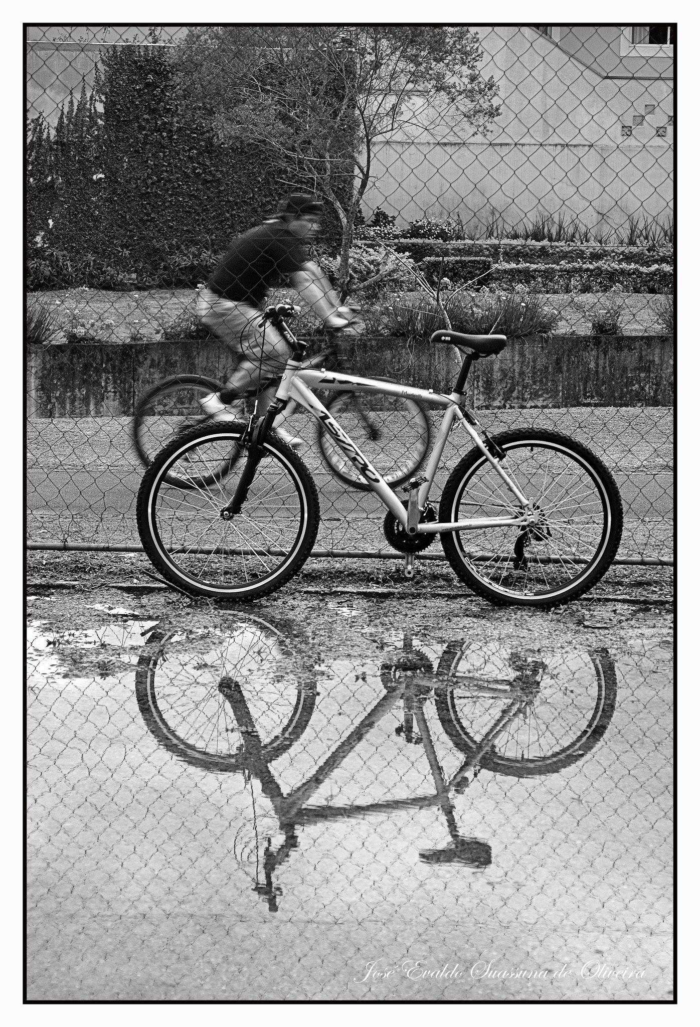 Biker by José Evaldo Suassuna de Oliveira