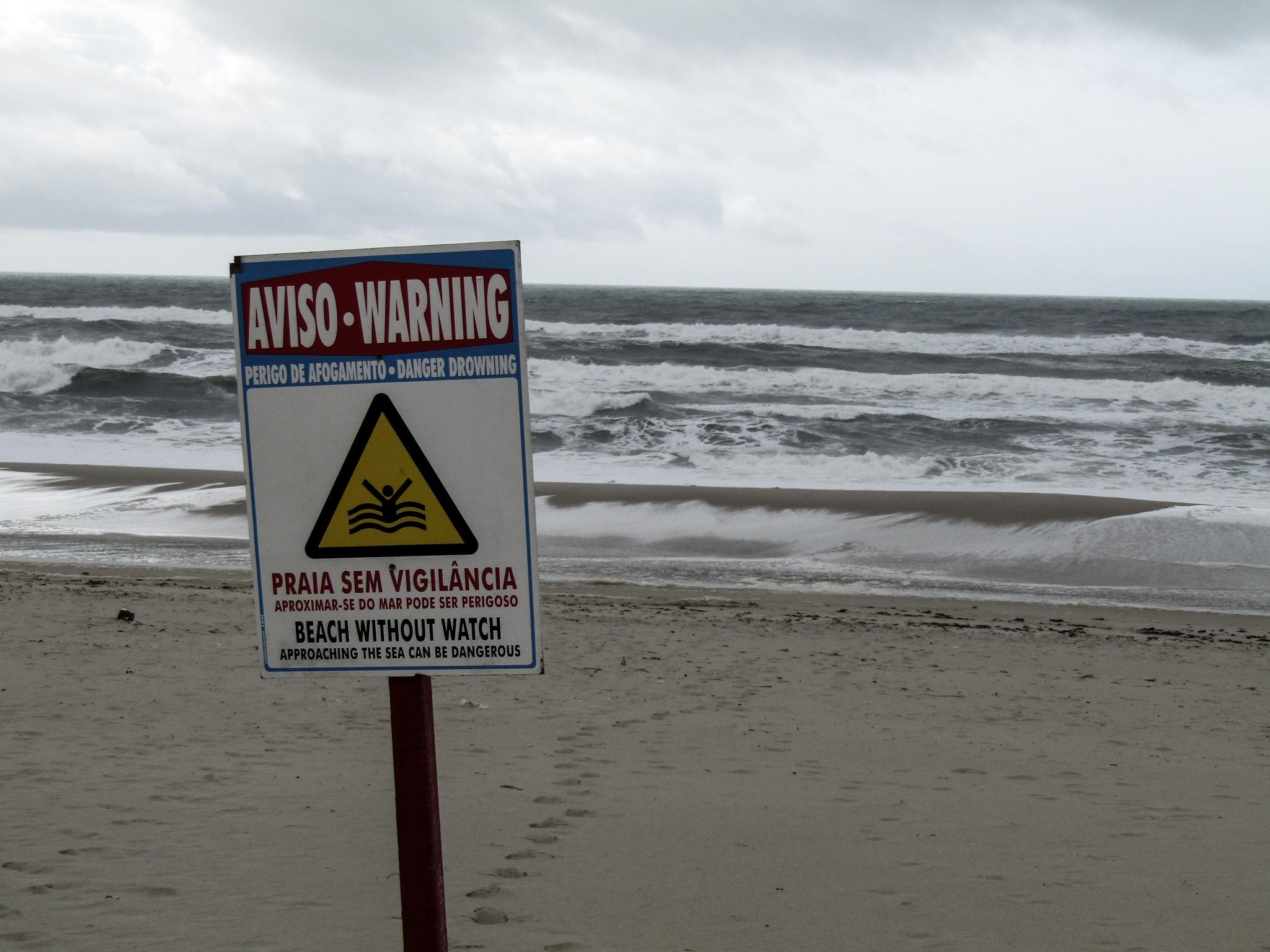 warning  by Rute