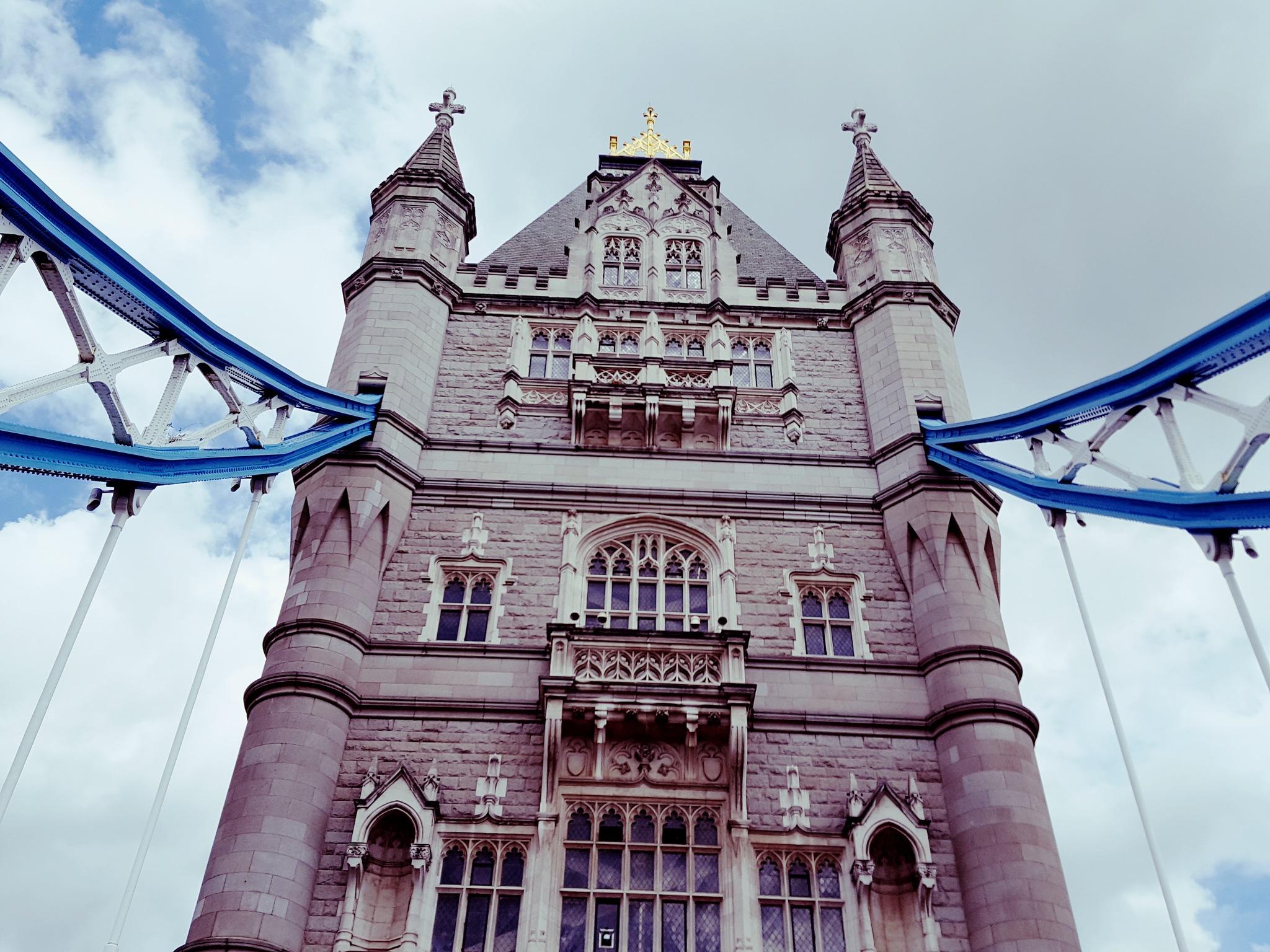 Tower Bridge by John Jack Dubajka