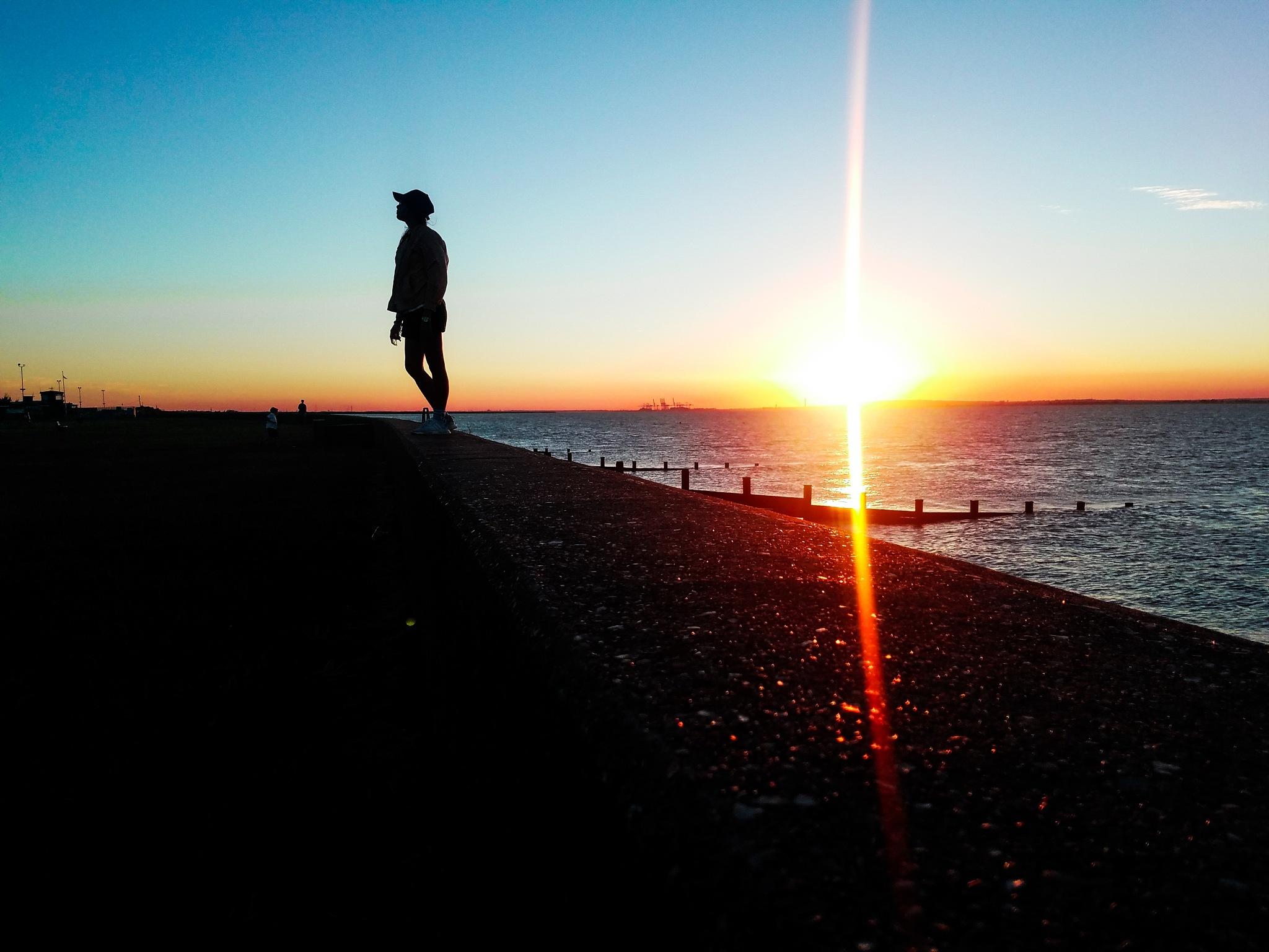 Sunset in Allhallows caravan park, Kent by princessdianelonzanida