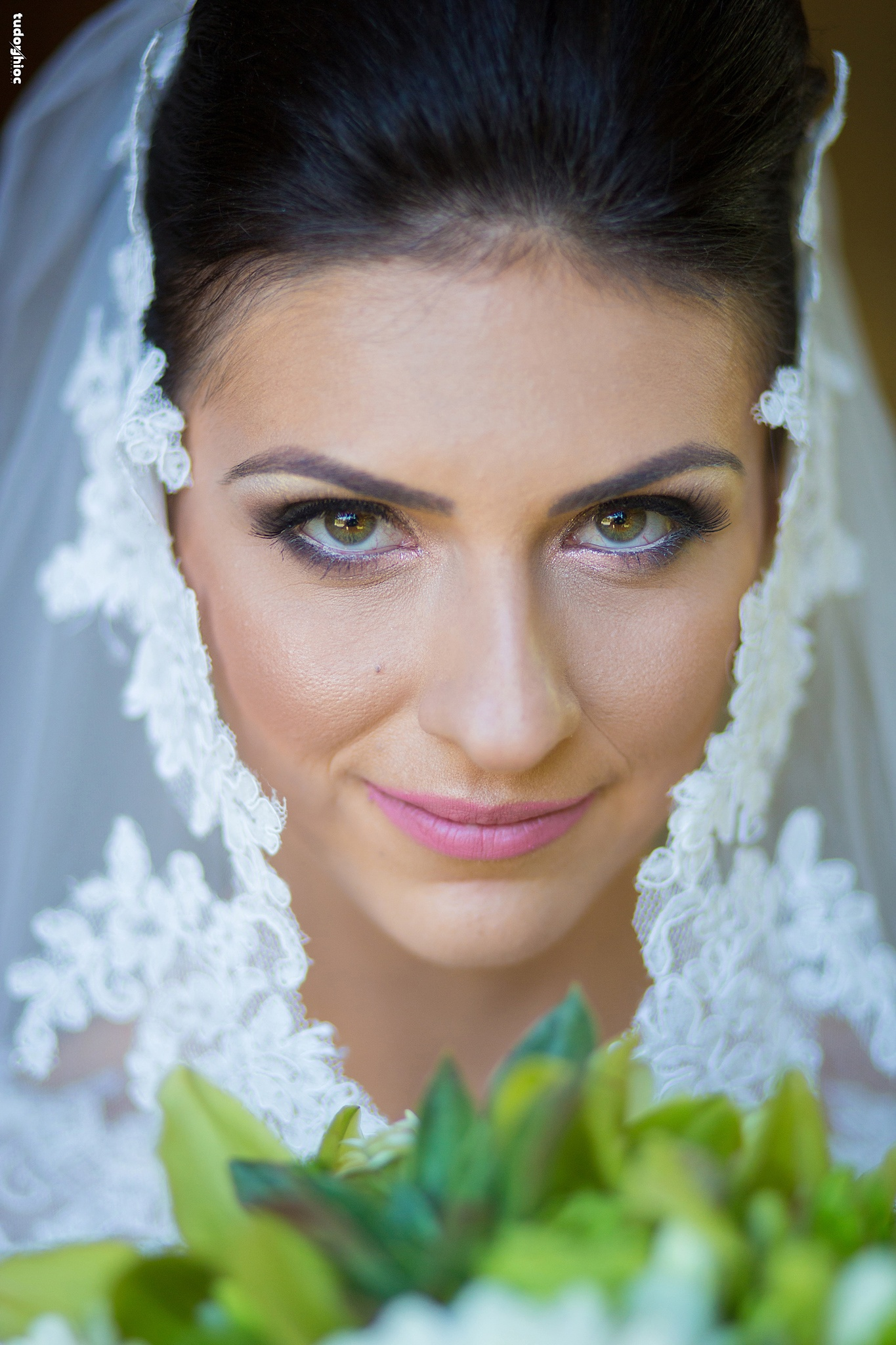 Wedding portrait by tudorghioc