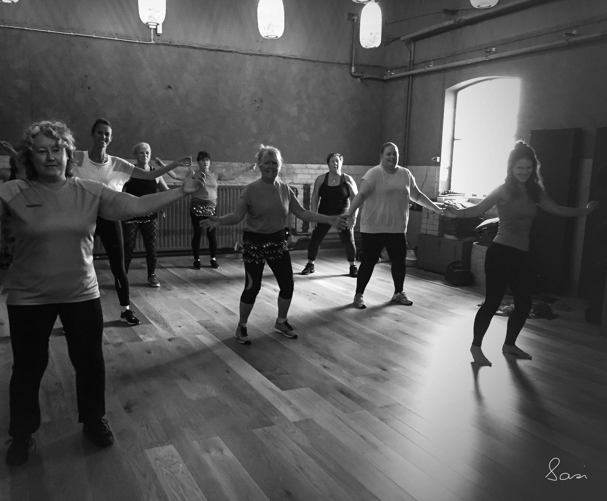 Dance dance dance...getting ready to shake it at Zumba✨ by Sarah Grundel