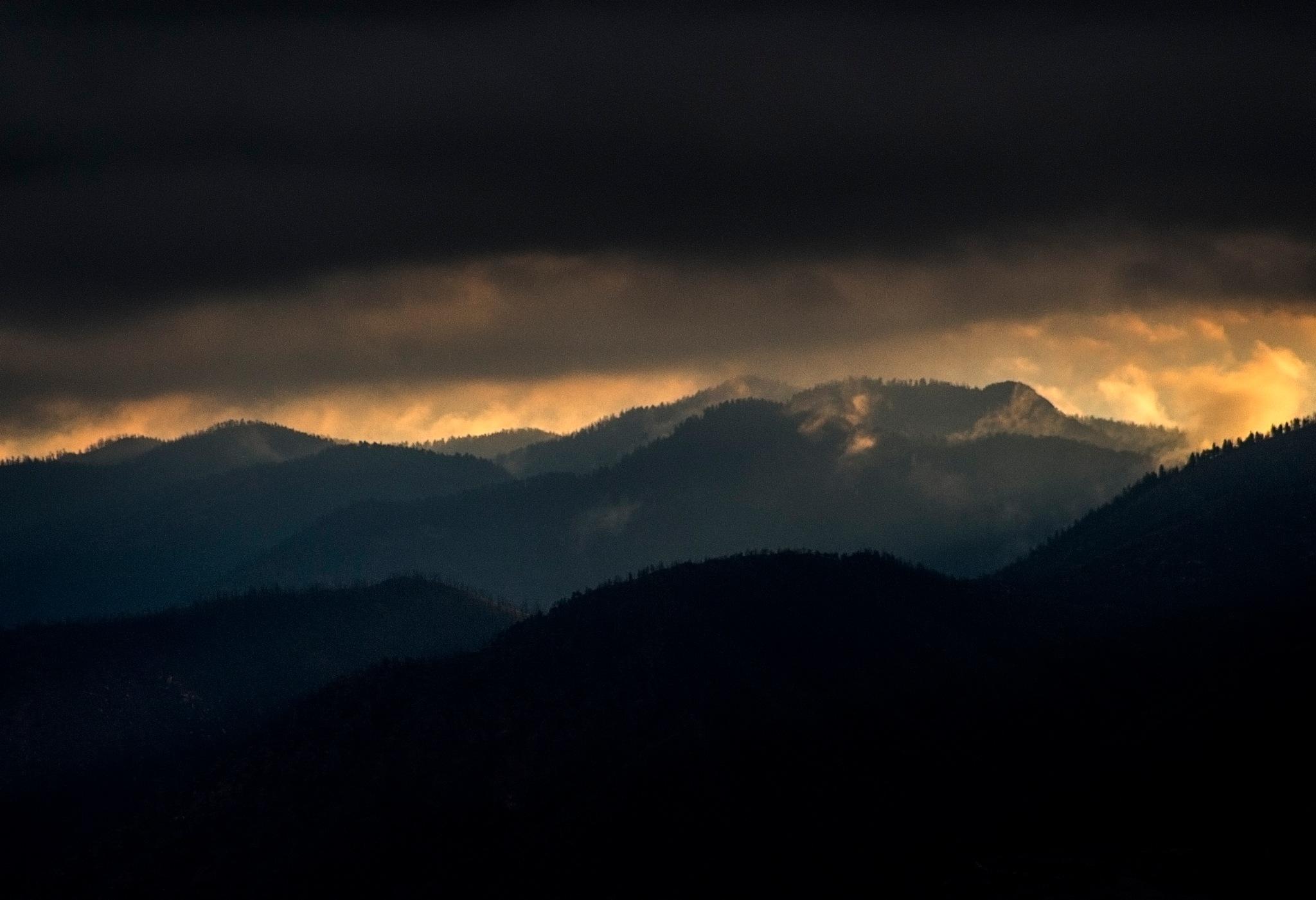 Mountain Storm by Ian Helmcke