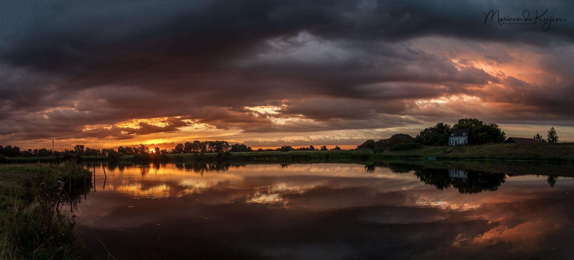 Goodmorning Sunrise in de Betuwe by Betuwefotograaf