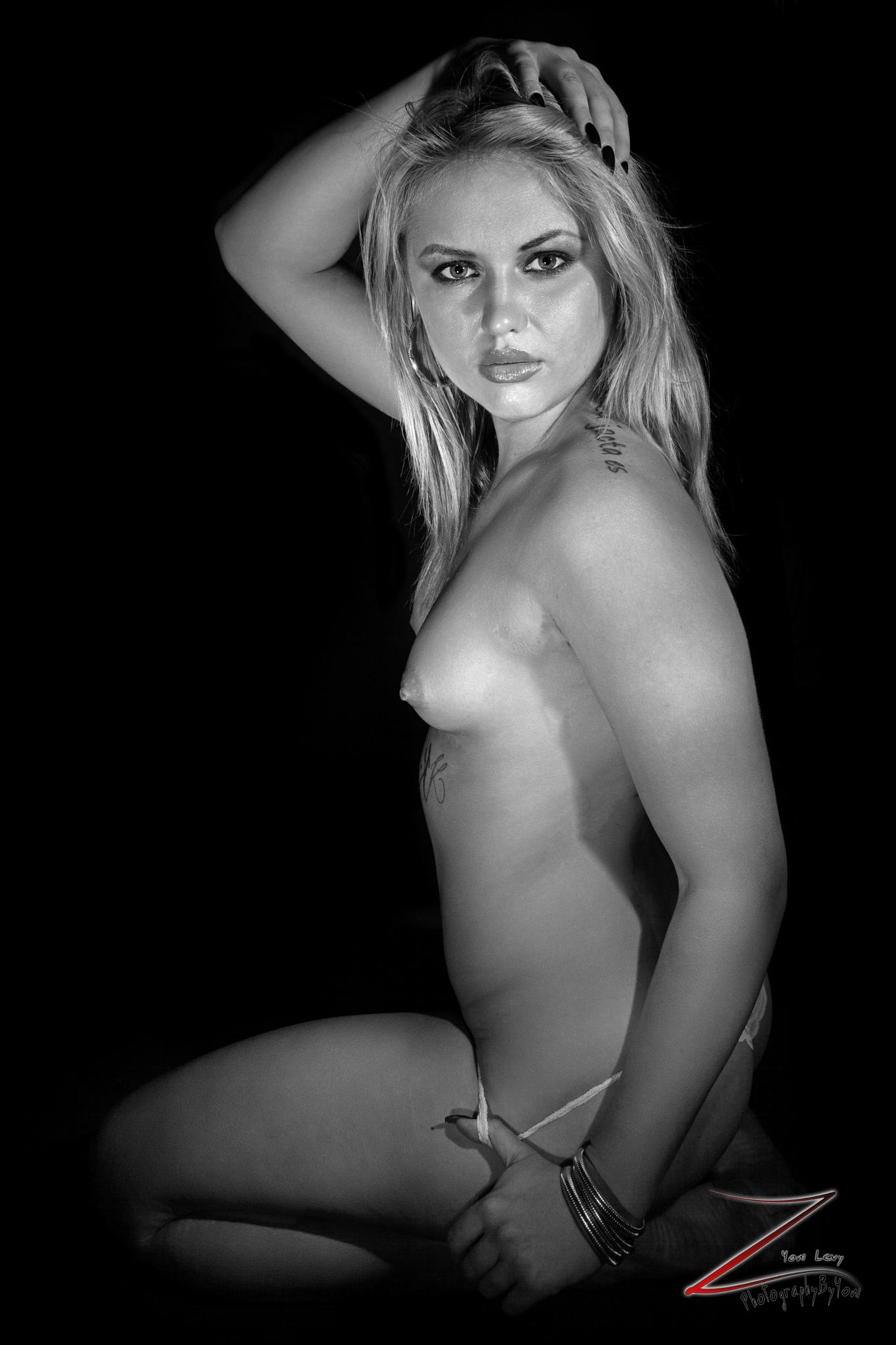 Nude By Yoni Levy / Photography By yoni  by Photographybyyoni