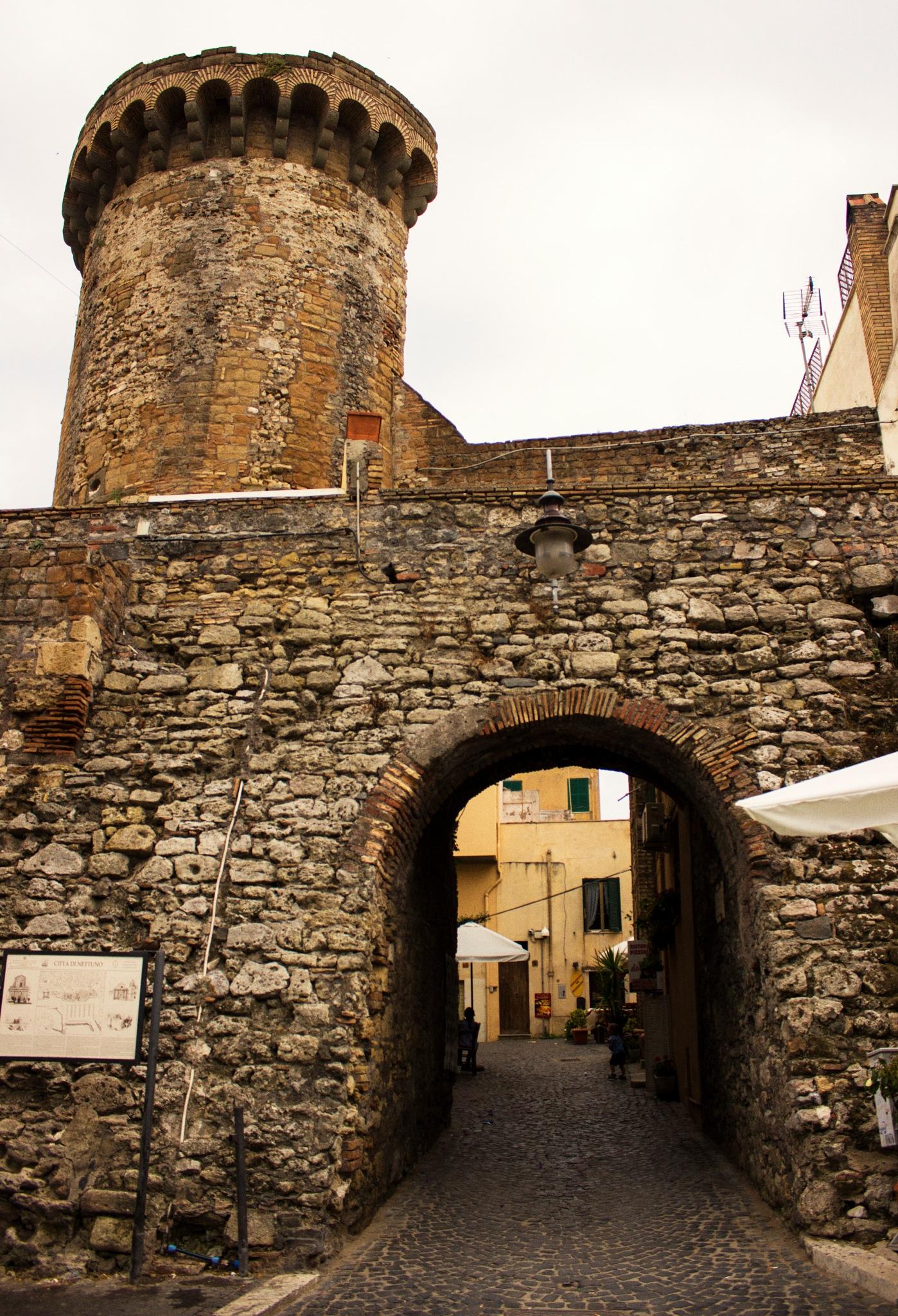 Borgo Antico - Nettuno by Marcio Muniz