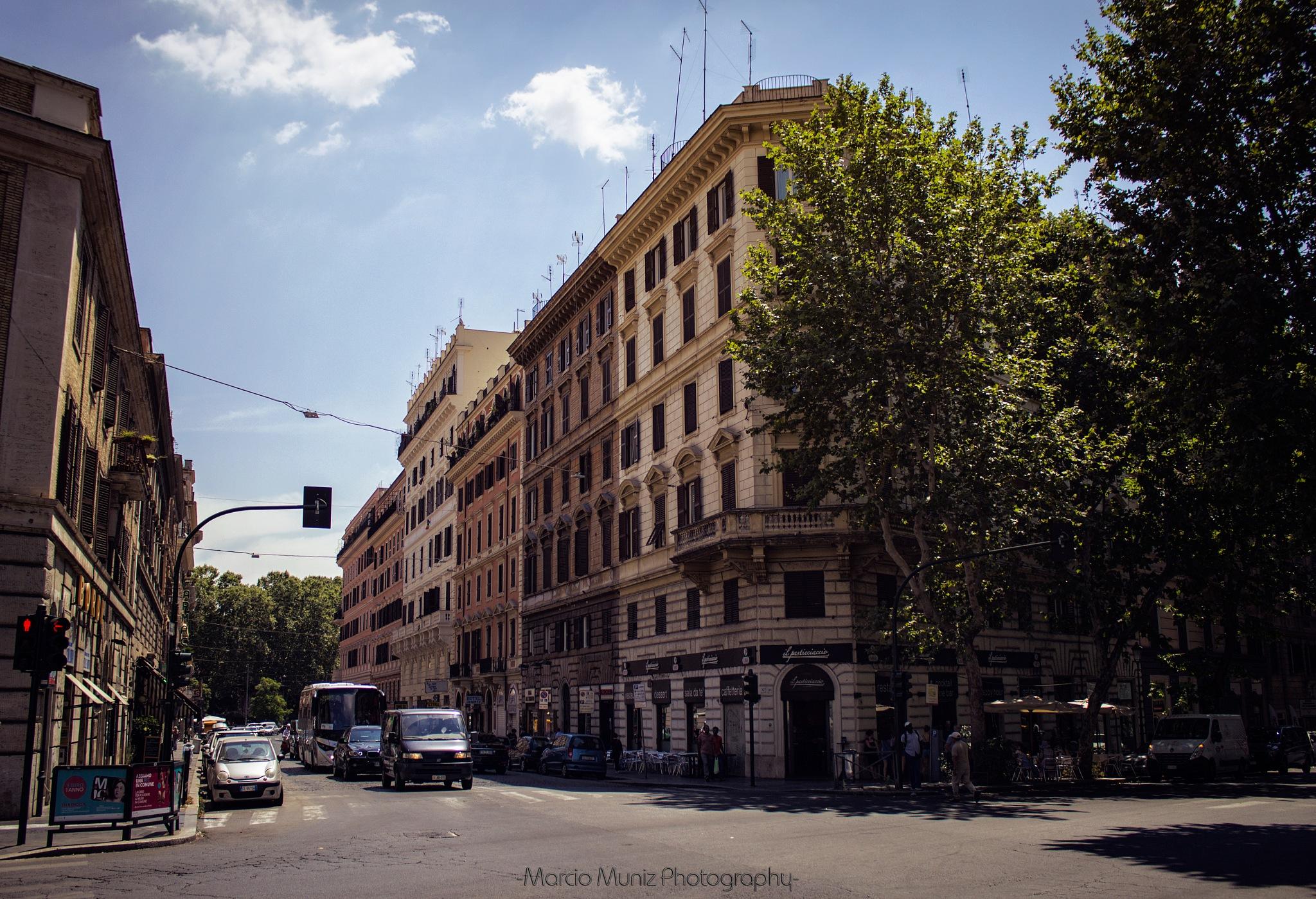 Streets of Roma by Marcio Muniz