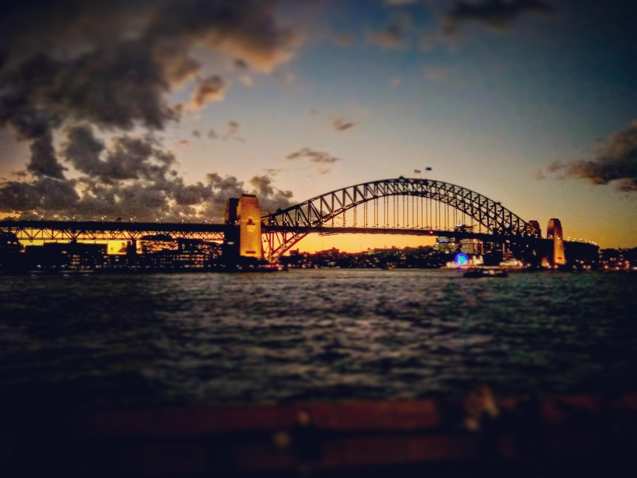 Sydney Harbour Bridge by Dinesh Kumar