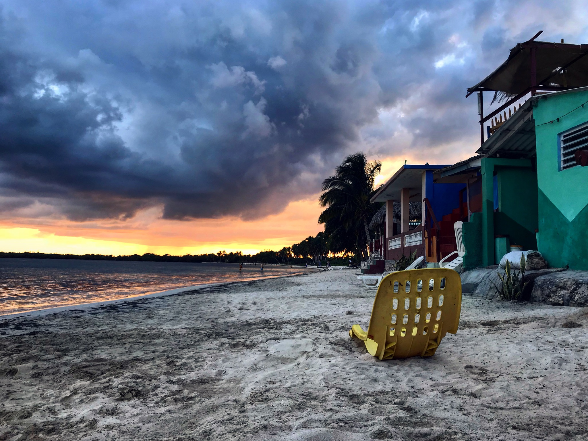 Sunset at bay of pigs by Majdrup
