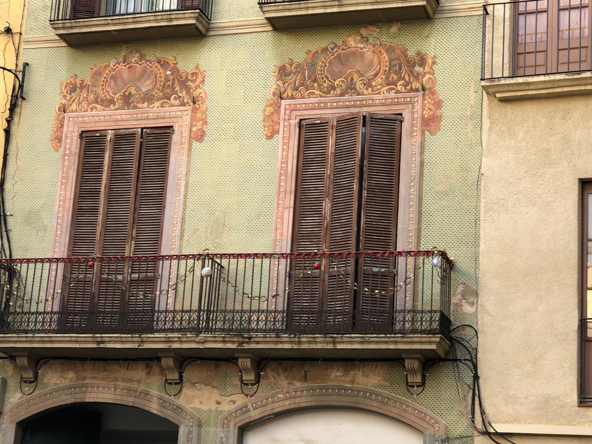 Old style windows in Tarragona by Elisabeth Johanna Bennenbroek