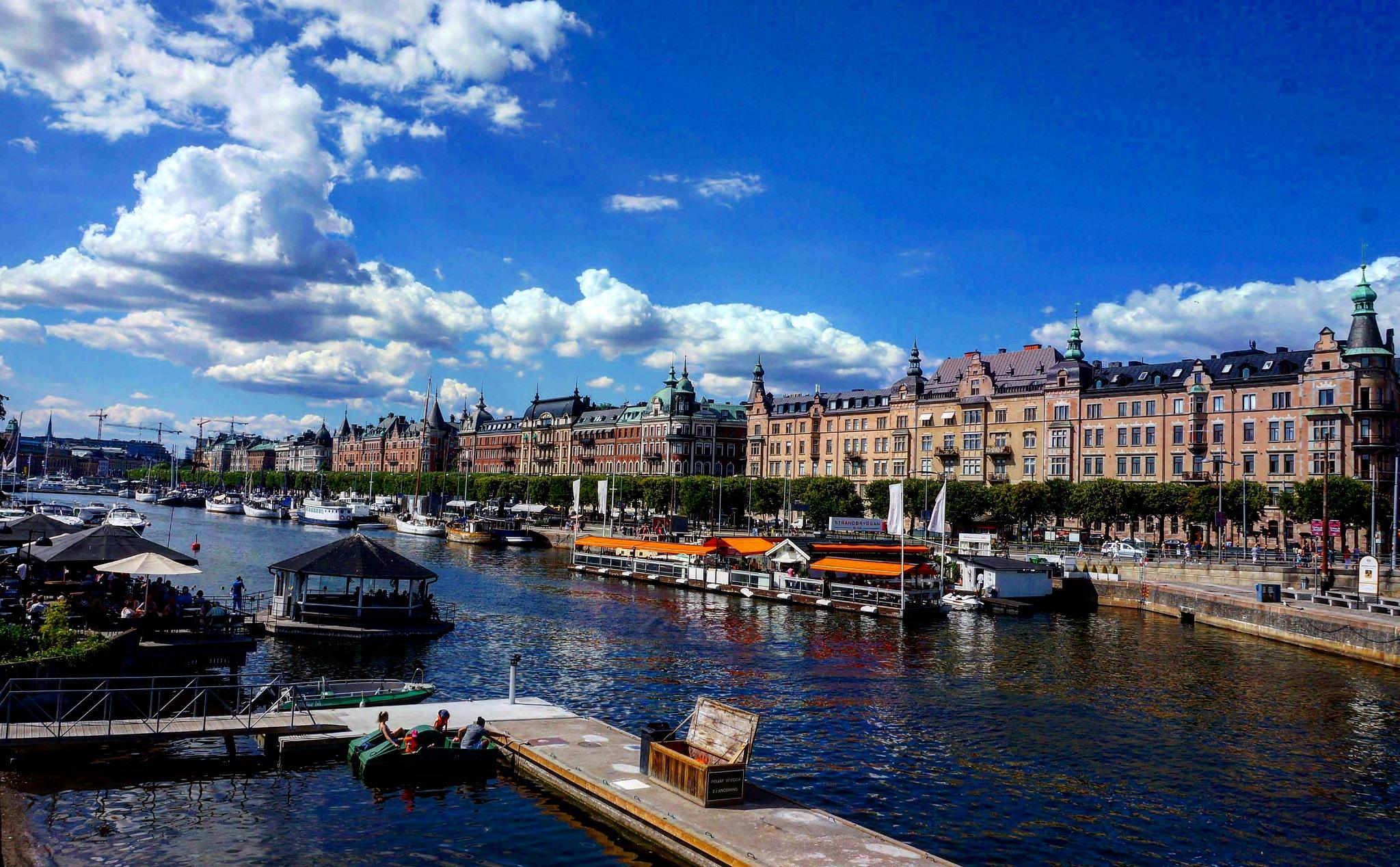 Summer in Stockholm  by Héctor Fritz Balboa
