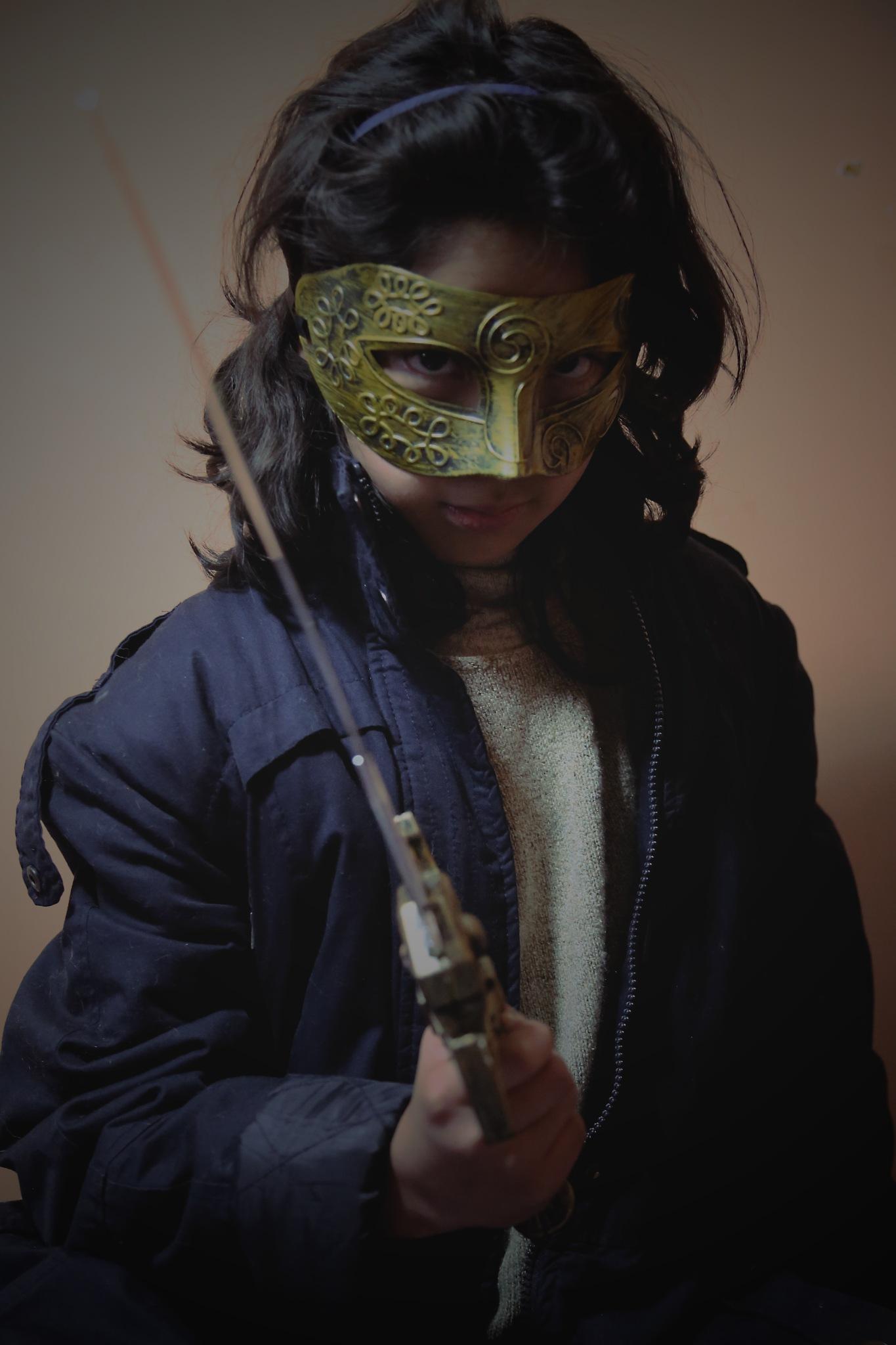 Pirate girl by Horacio Salinas