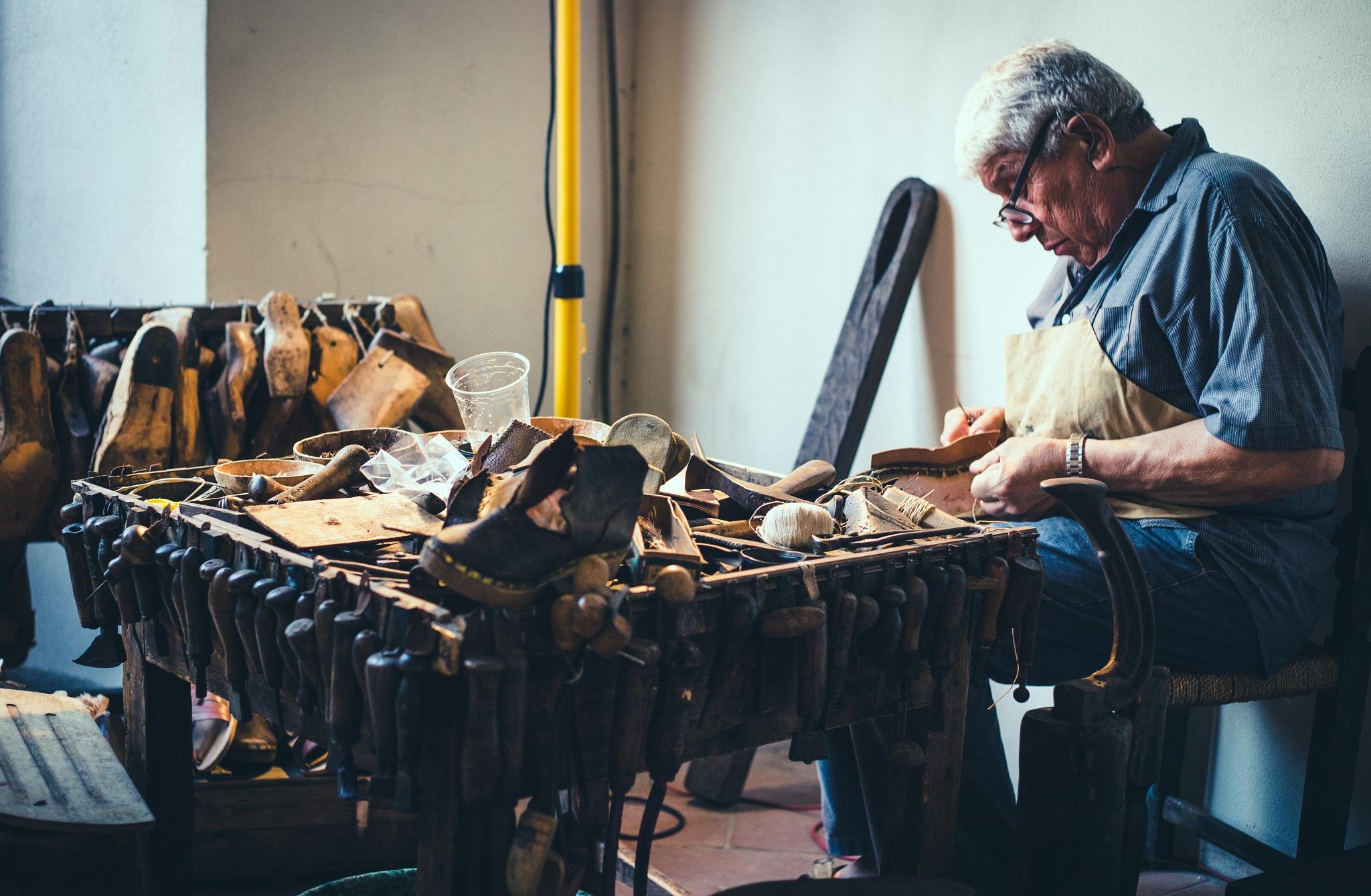 Shoes maker by Riccardo Mongiu