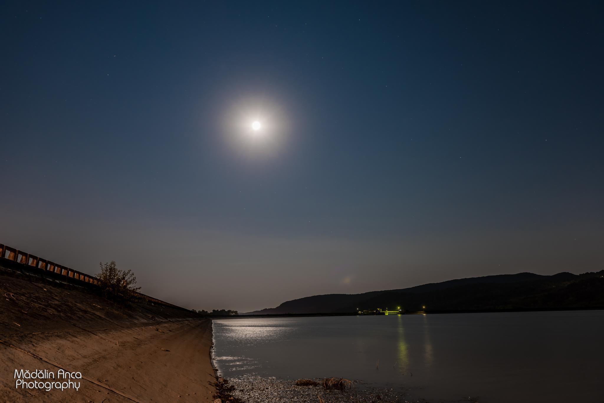 Mandra Luna by Mădălin Anca Photographer