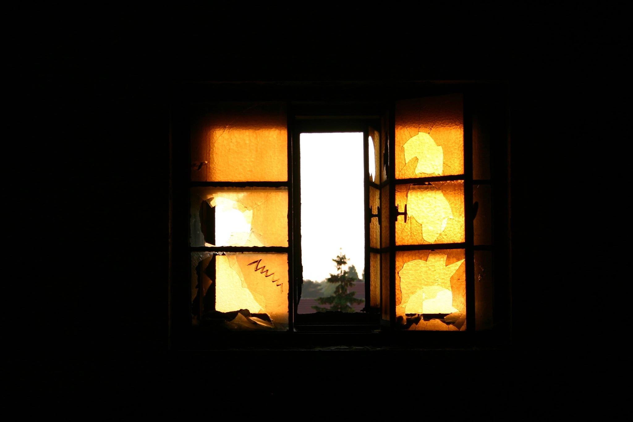 Windows Pt. 1  by Liese