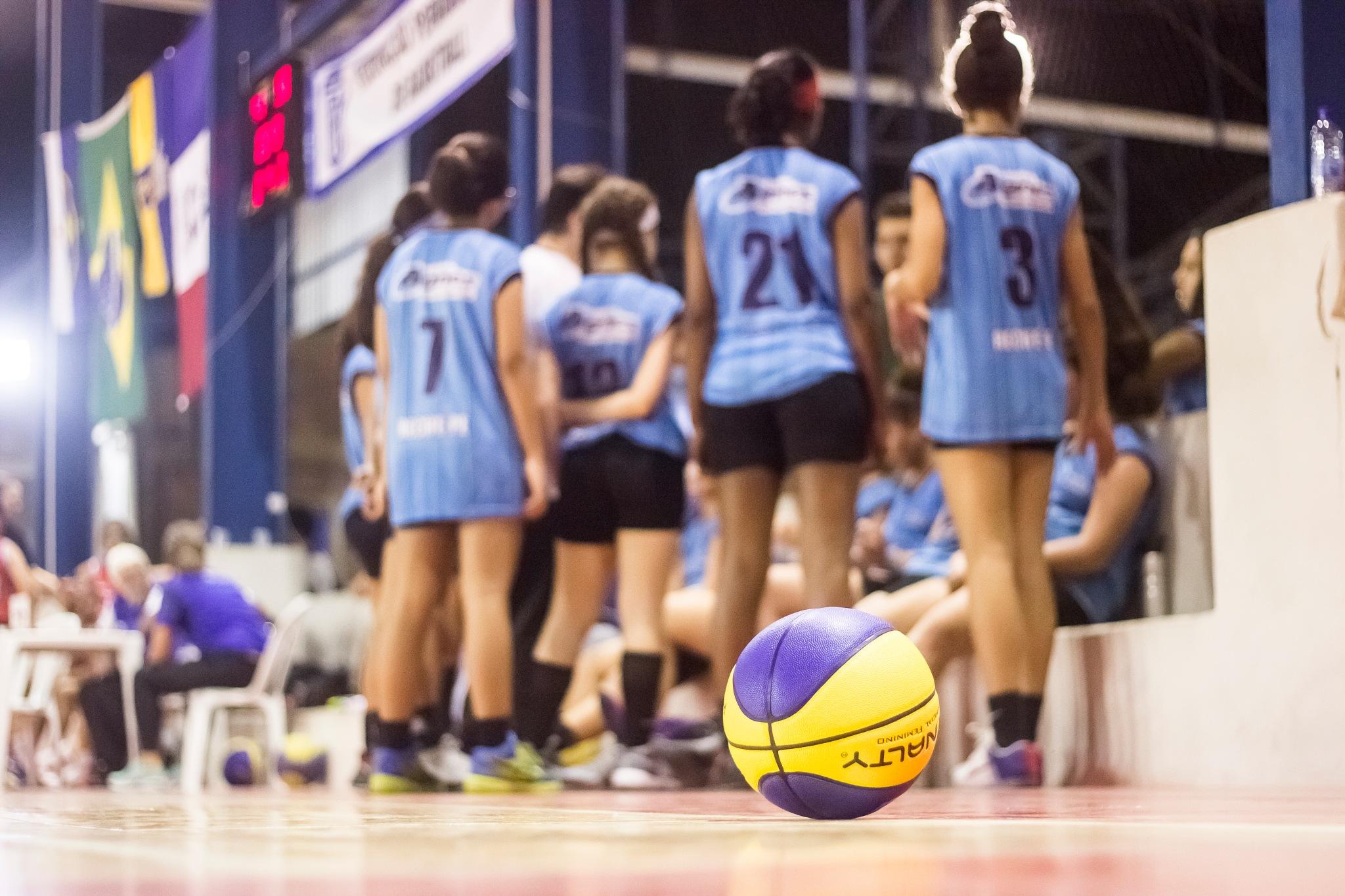 Basket Recife by Edipo Gomes