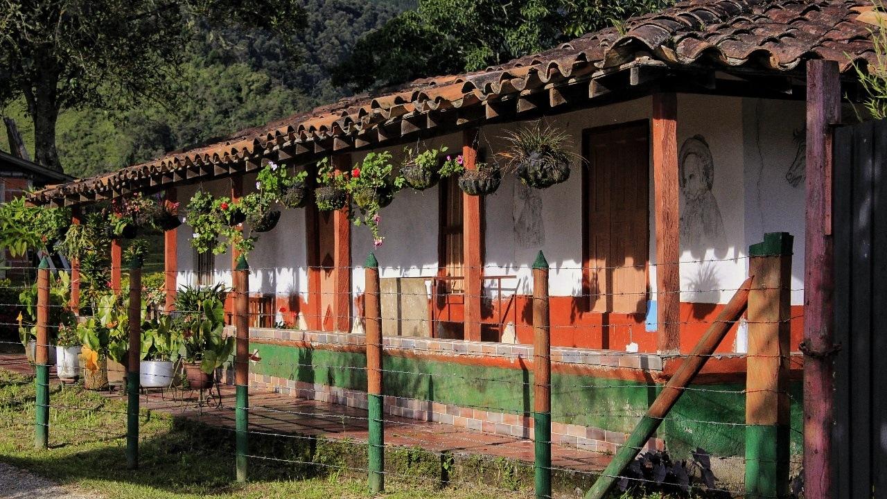 Casa  by Pelirroja de la cámara