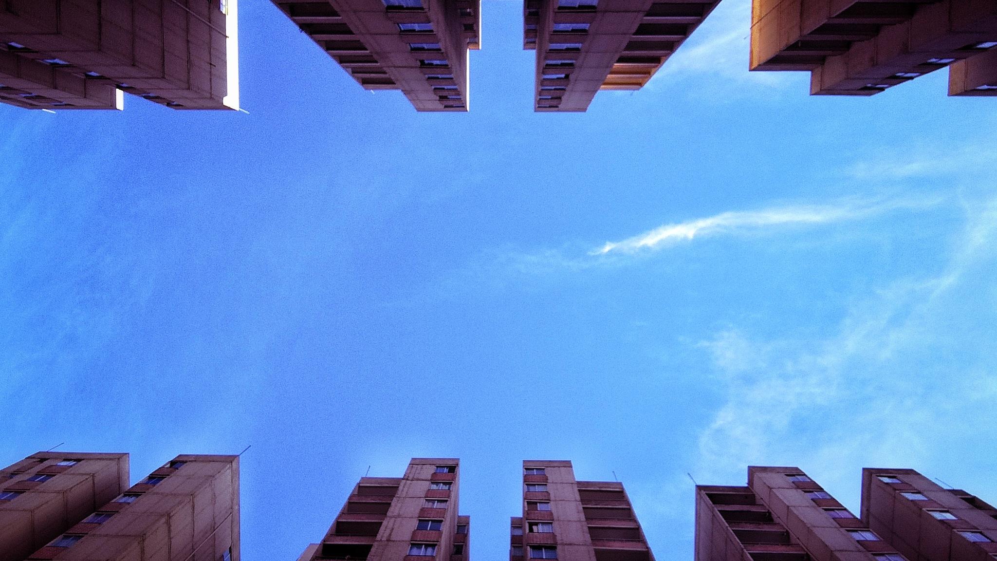 Rascacielos by Pelirroja de la cámara