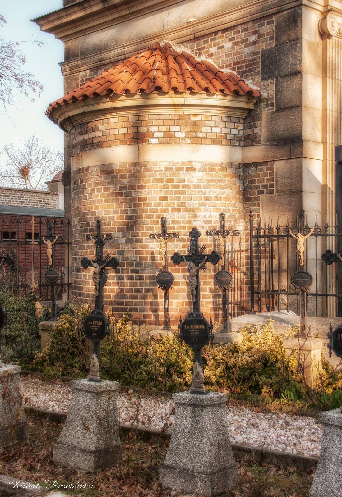 Vyšehrad cemetery by Kamil Procházka