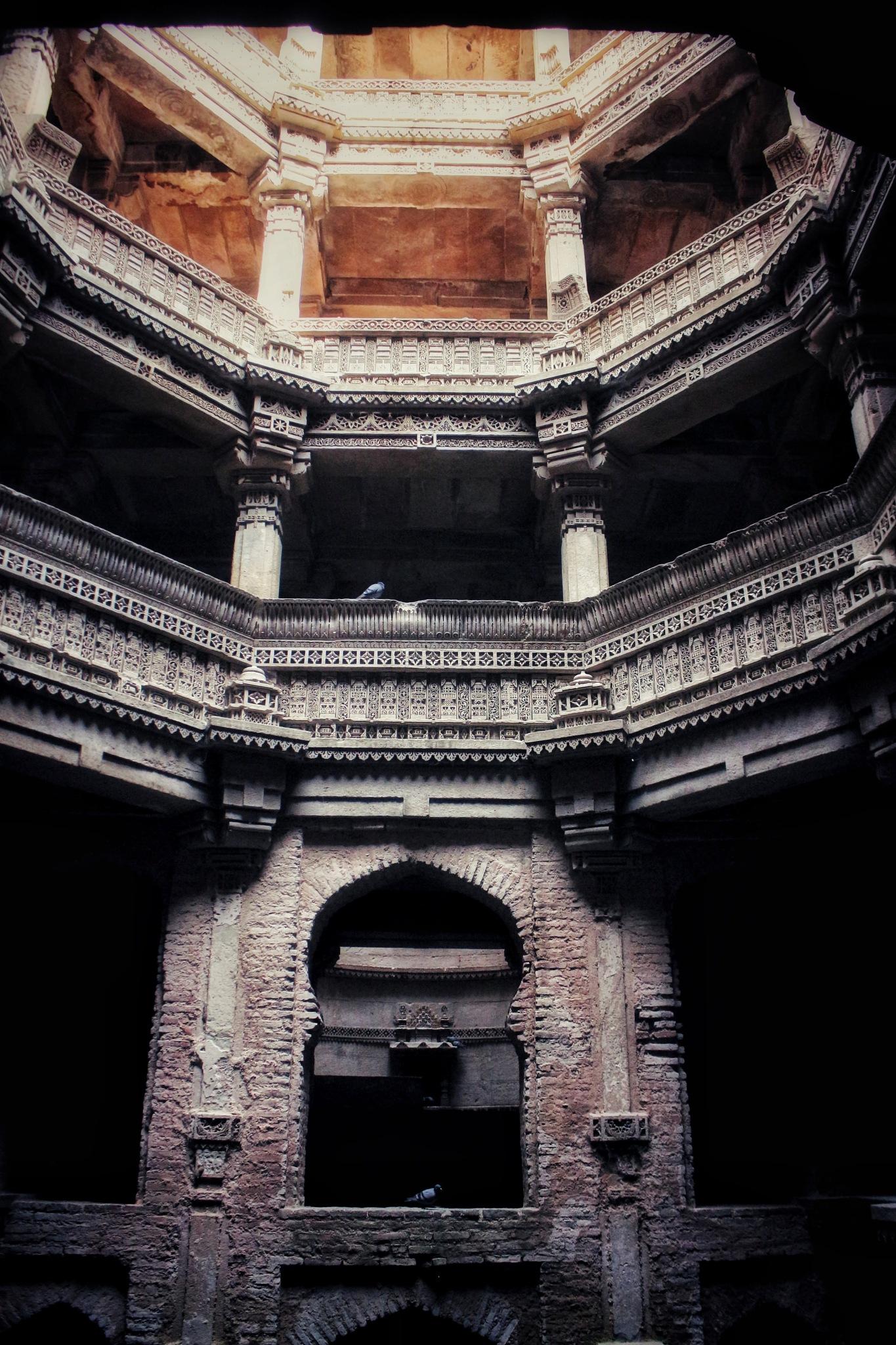 adalaj step well by Hiren Ramesh Patel