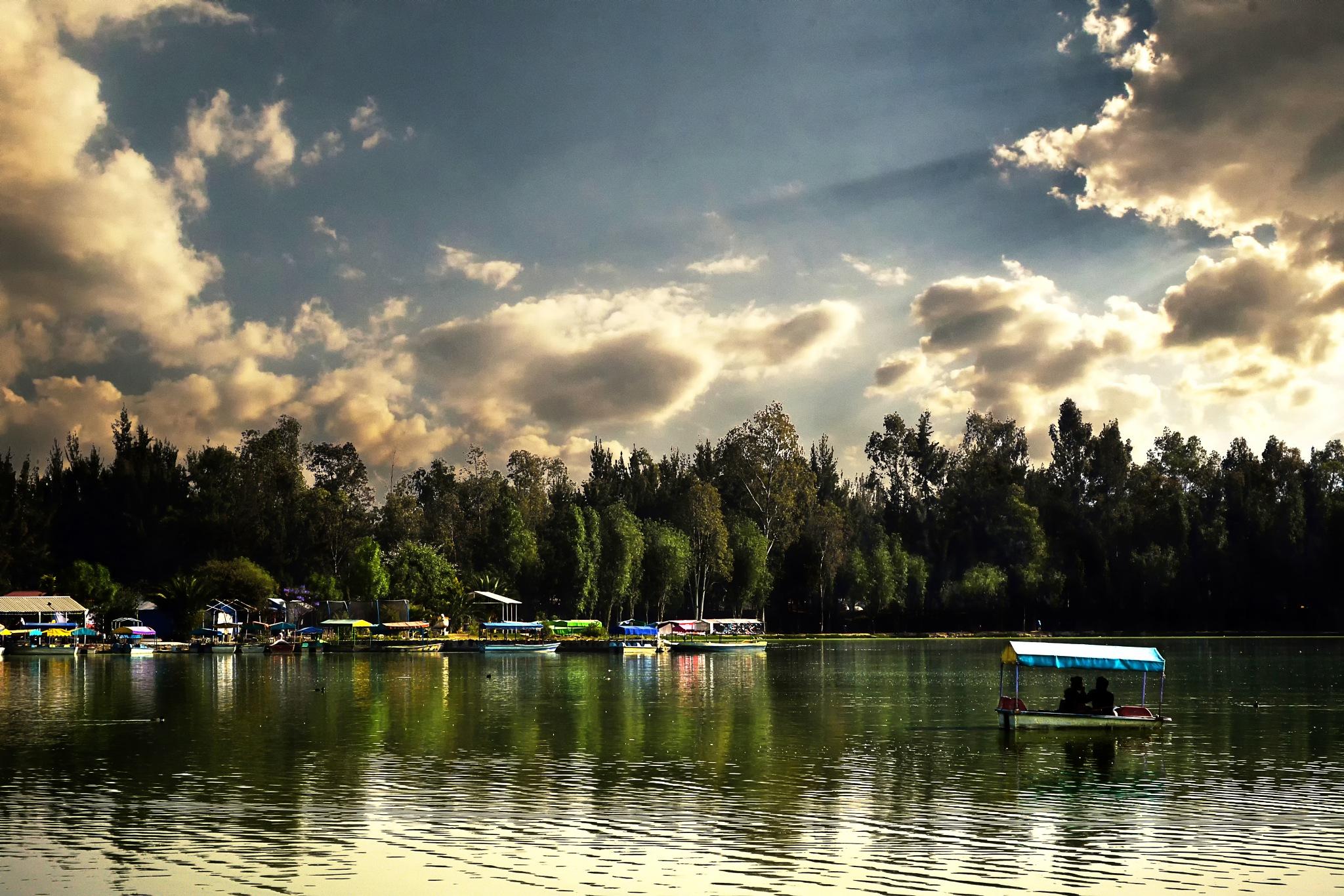 Xochimilco is beautiful by Héctor Xolalpa Alquicira