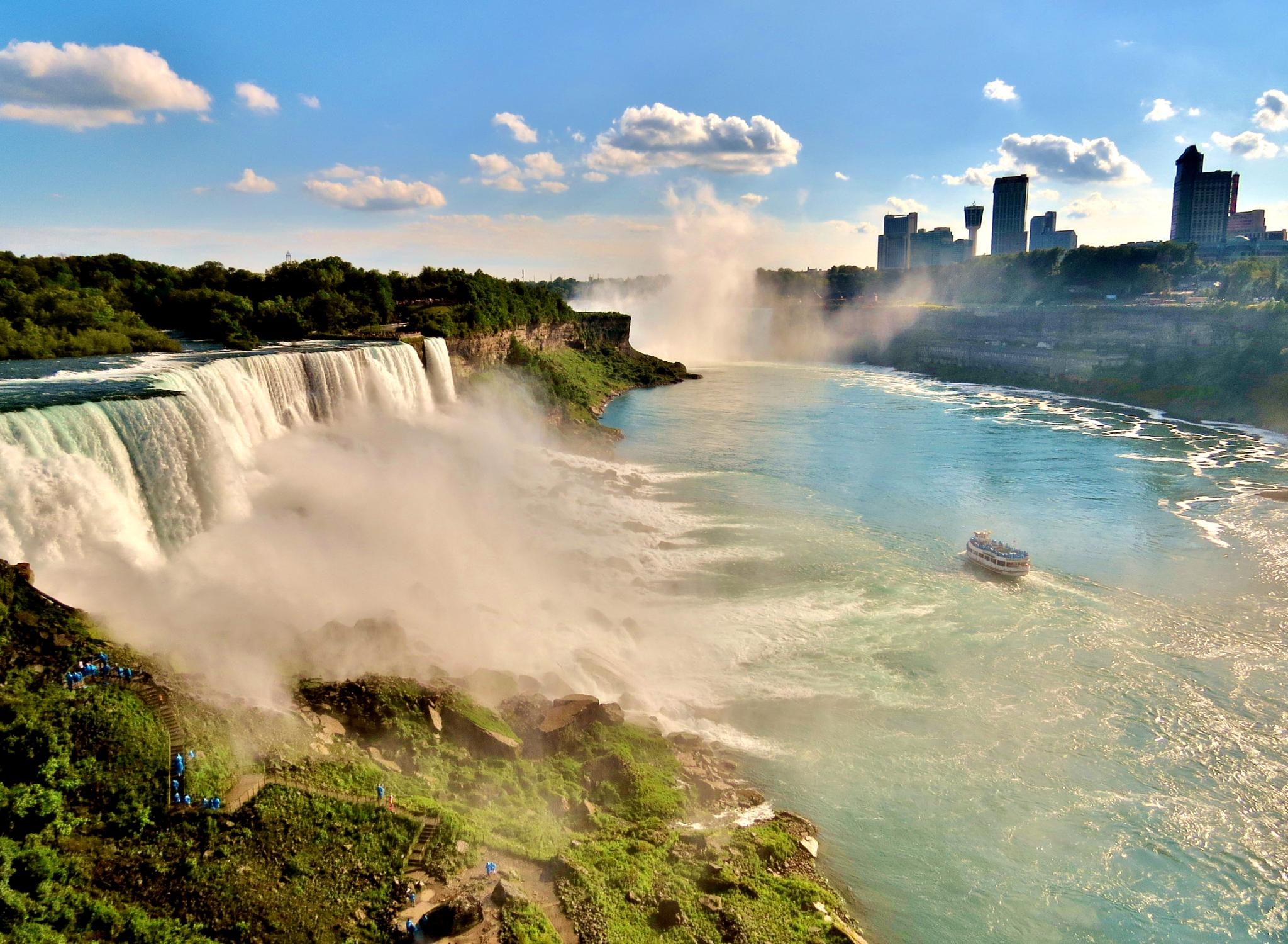 Niagara during late evening by Star Hunter