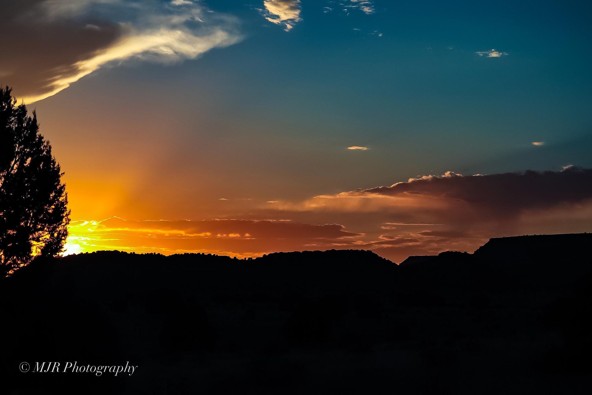 Sun setting!! by Mark Roberts