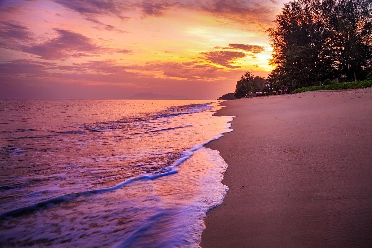 Sunset at Penang beach by Muhammad Almuhammady