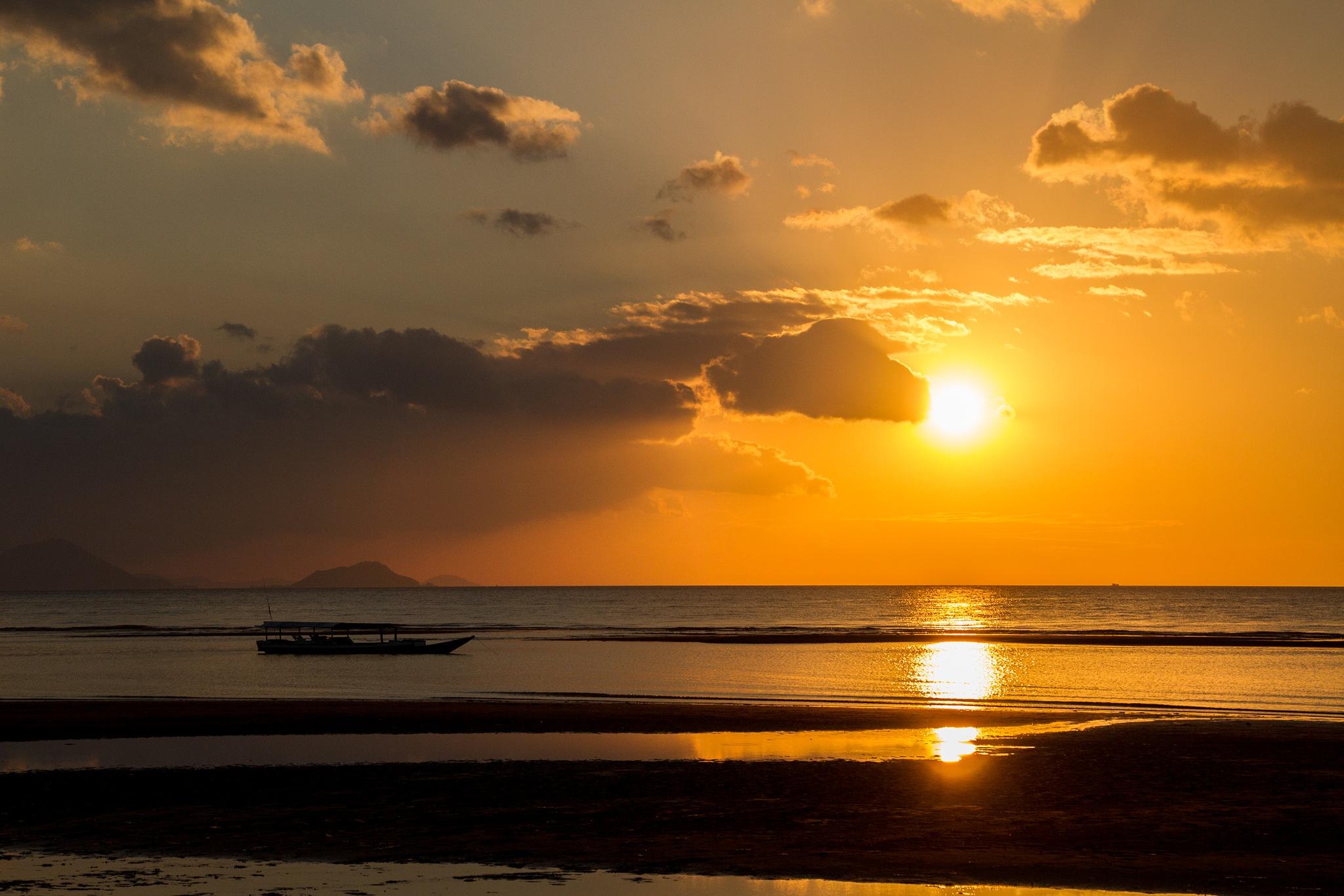 Sunset in Indonesia by piero marino