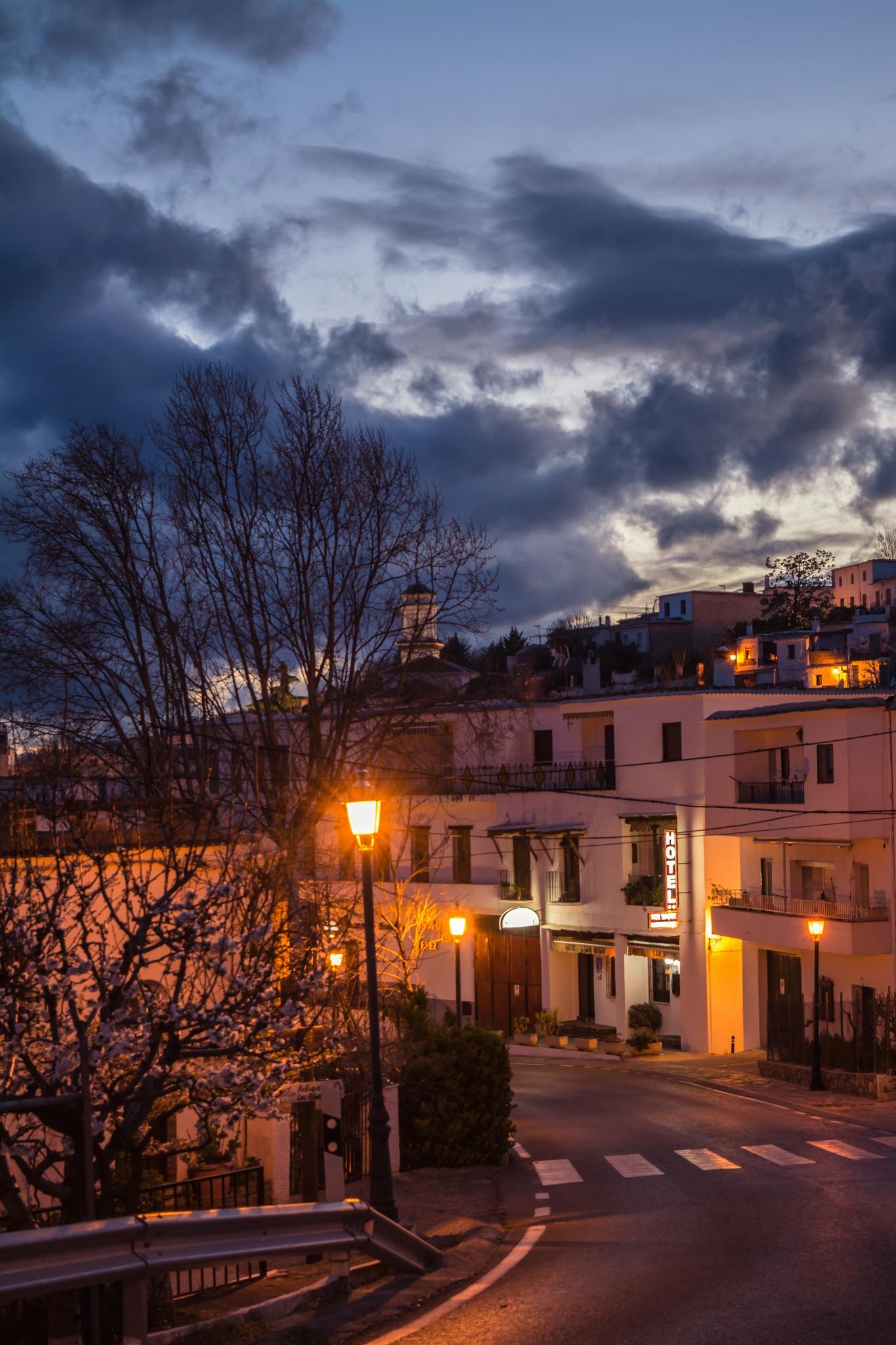Atardecer en la Alpujarra by Francisco guirado