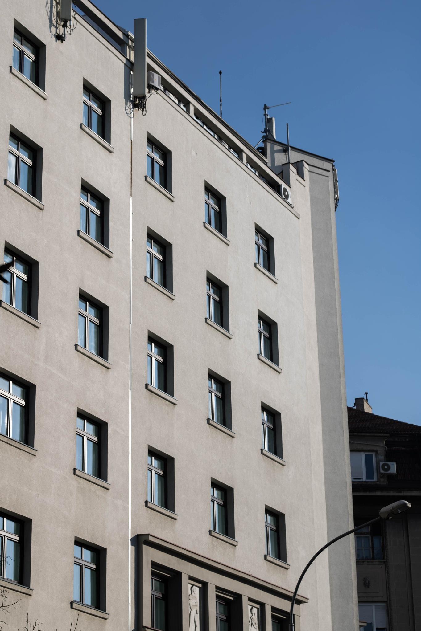 Building by SensiVisual