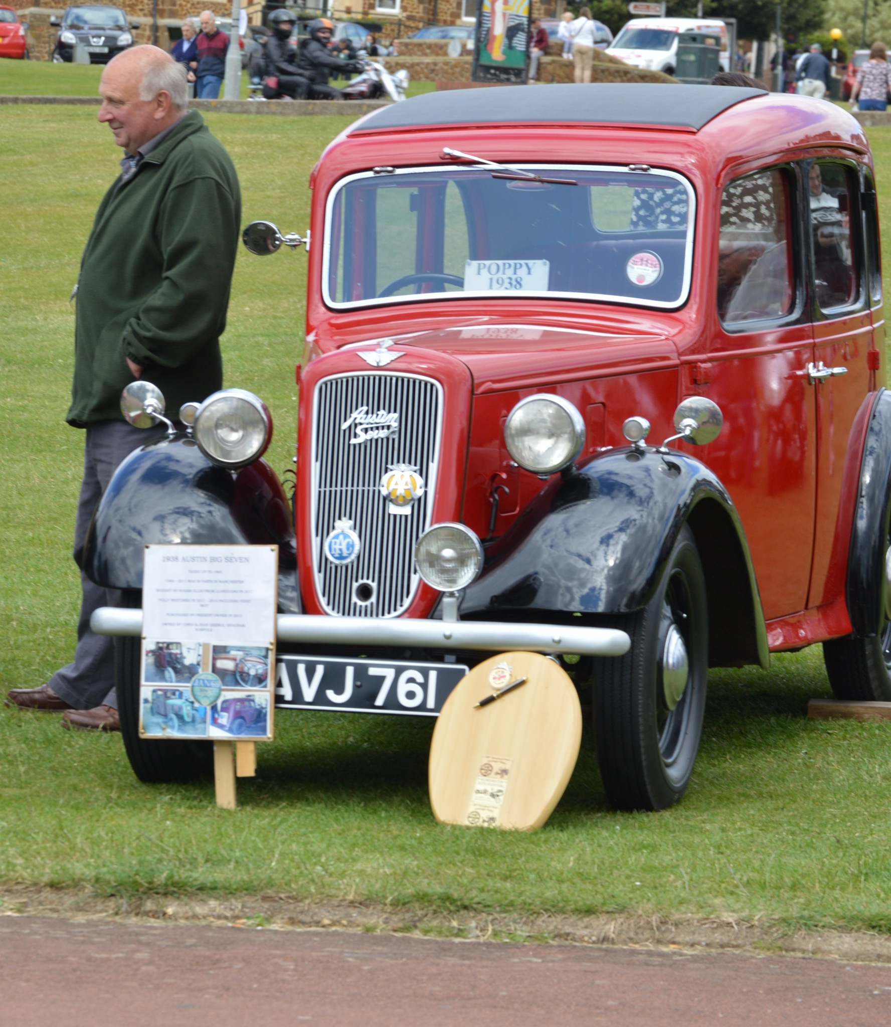 Old Car by Gordon