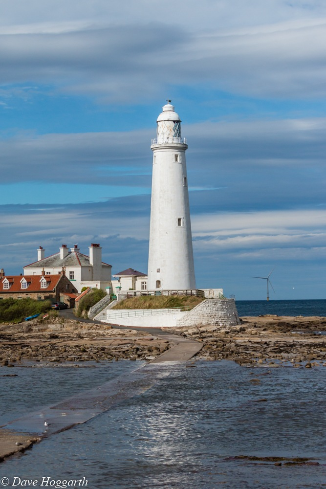 St Mary's Lighthouse by David Hoggarth